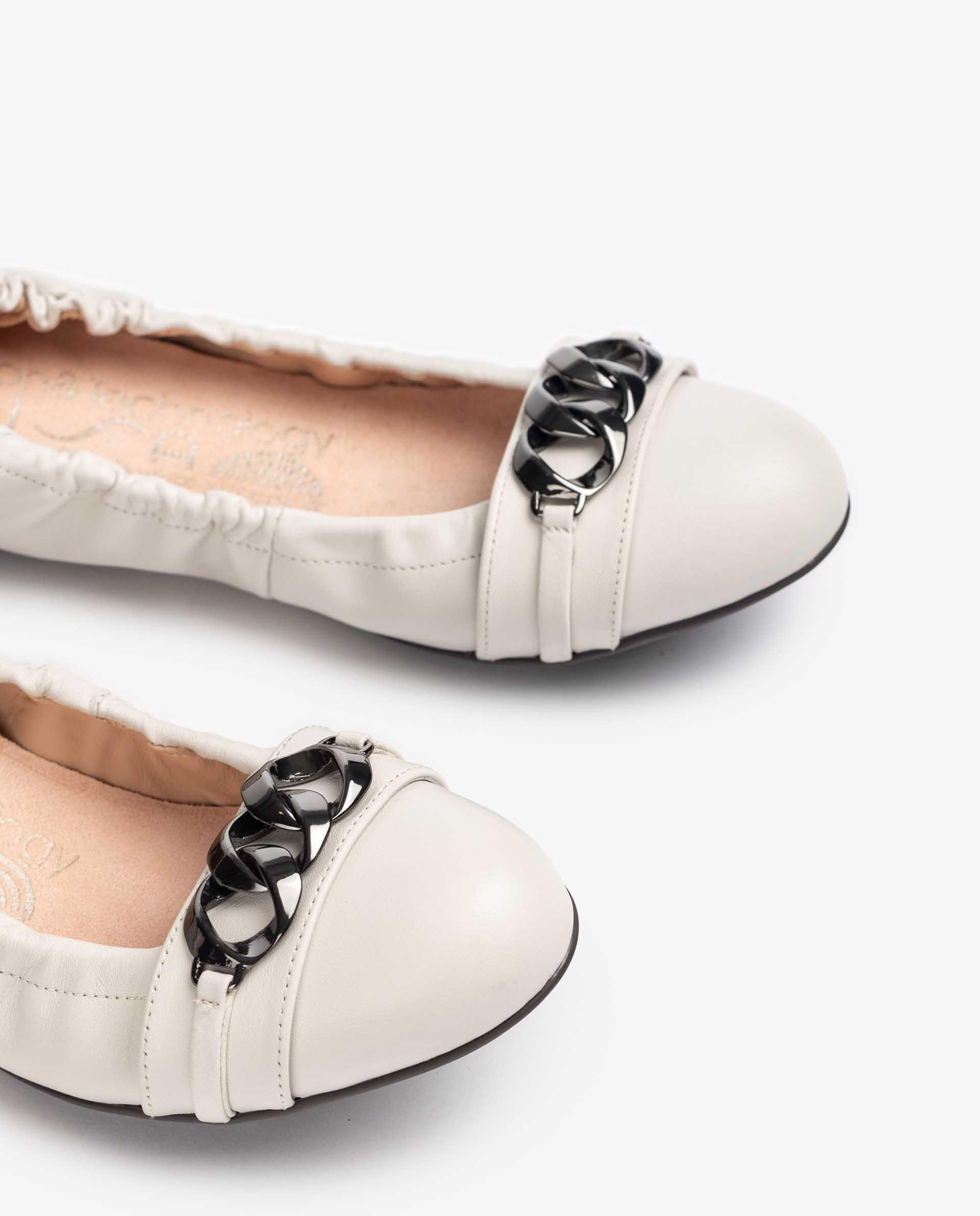 Unisa Ballerinas ADHA_NS ivory