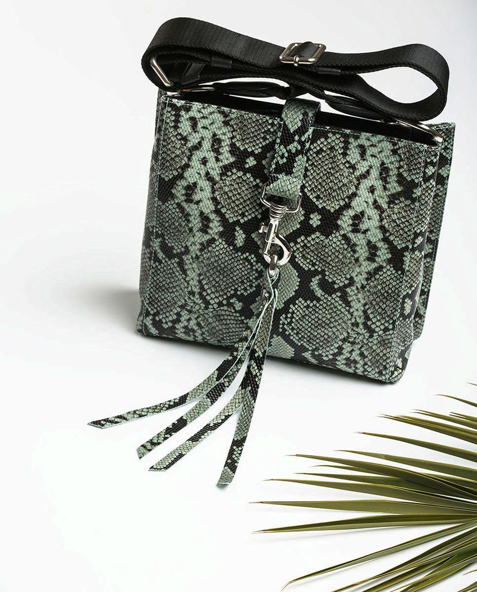 UNISA Umhängetasche mit Snake-Print und Karabinerhaken ZMOLAS_VIP mint 5