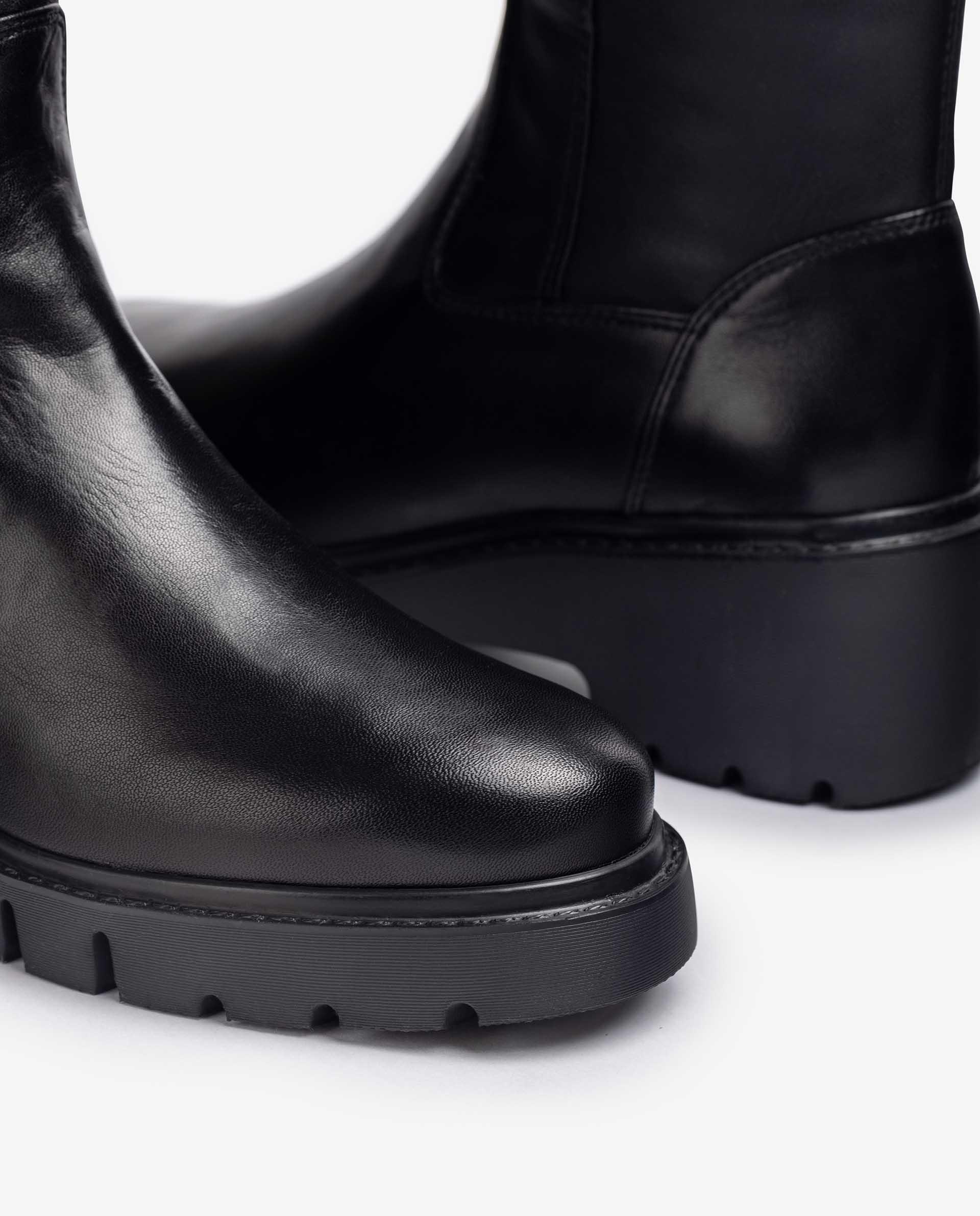 Unisa Stiefel JELIZA_F21_VU_STB black