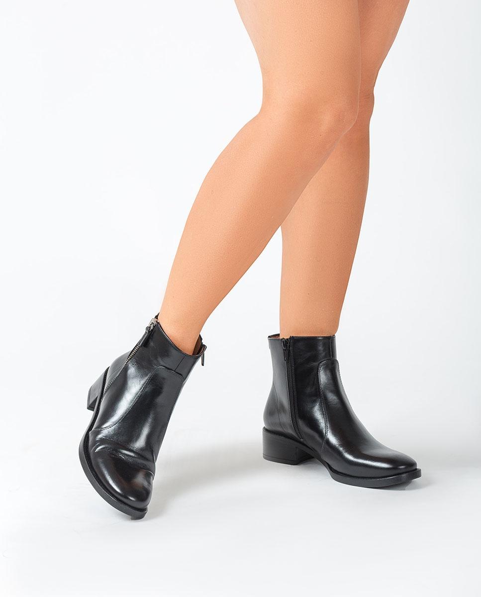 UNISA Schwarze Stiefeletten mit Reißverschluss EBRAS_NE black 5