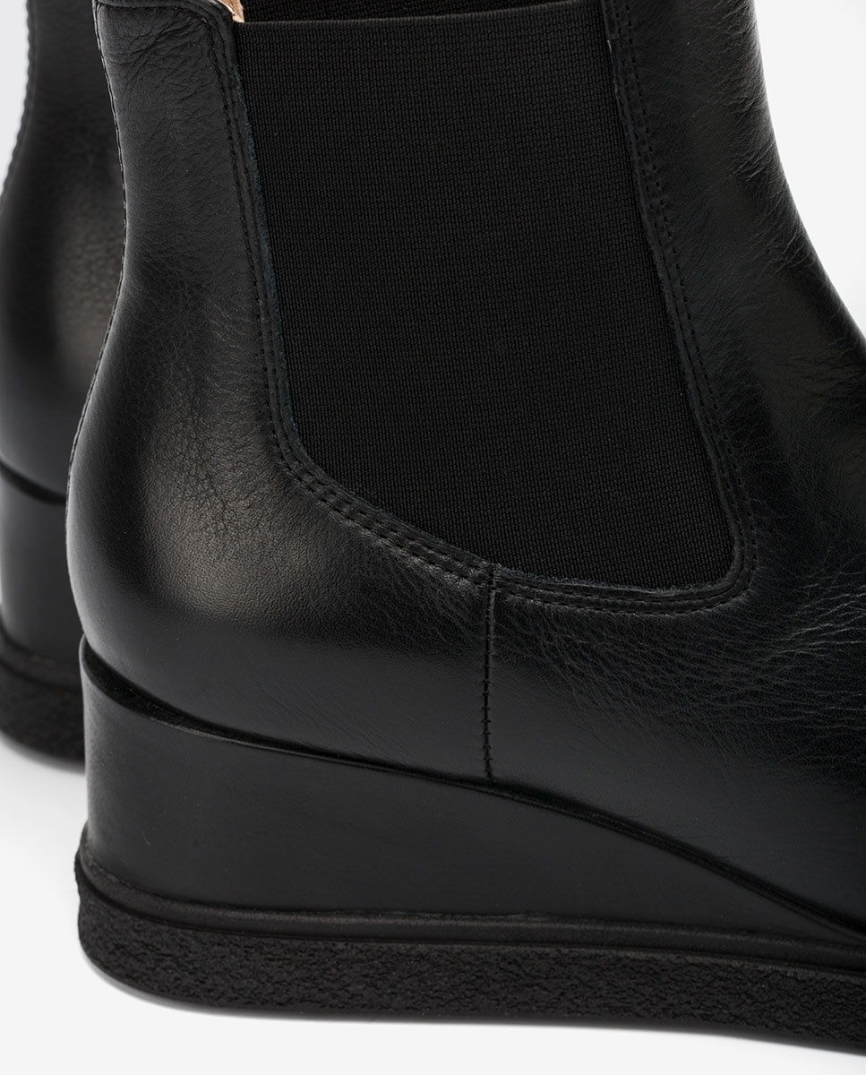 UNISA Schwarze Chelsea-Boots mit Keilsohle JEME_CRE black 5