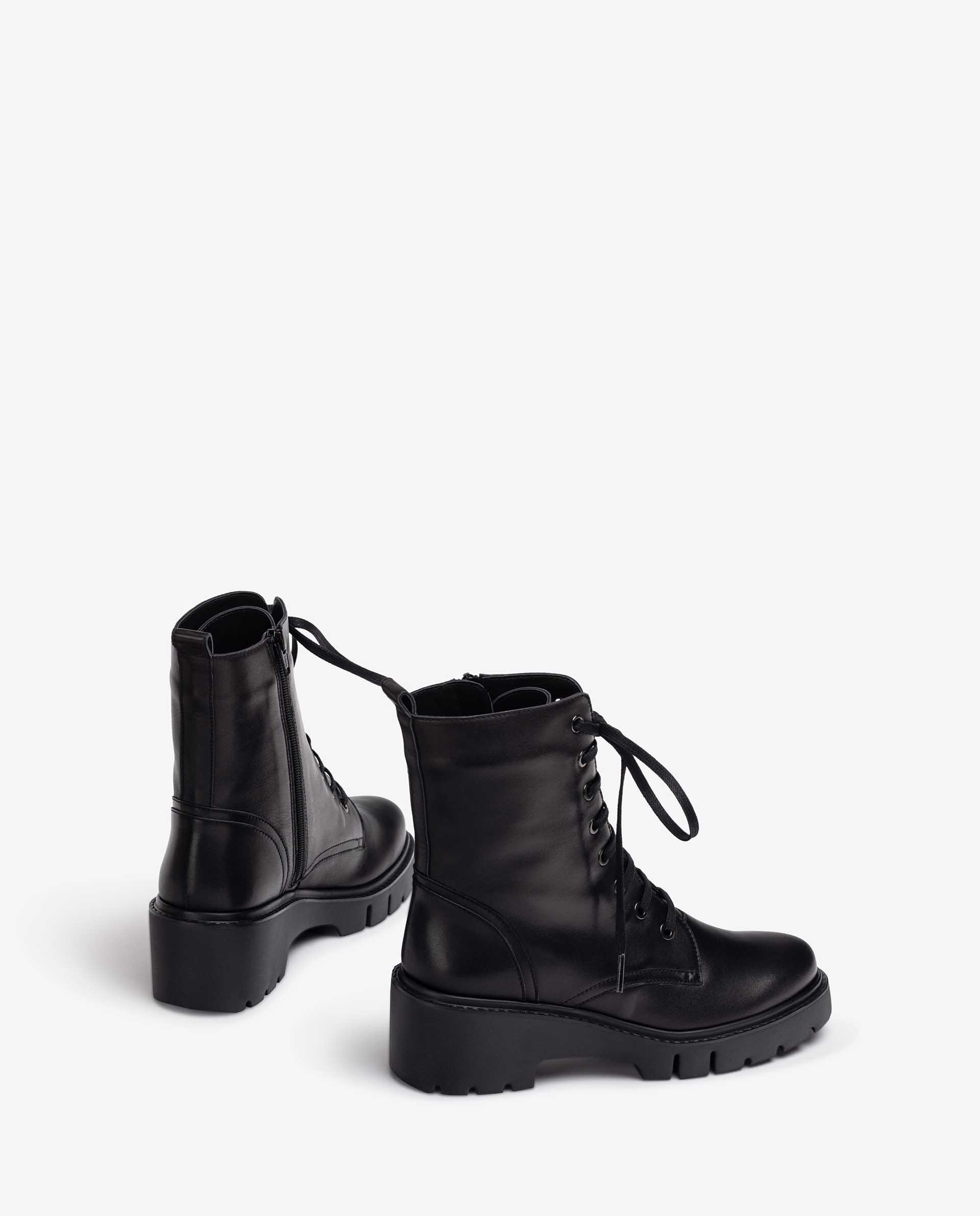 Unisa Stiefeletten JRISO_F21_VU black