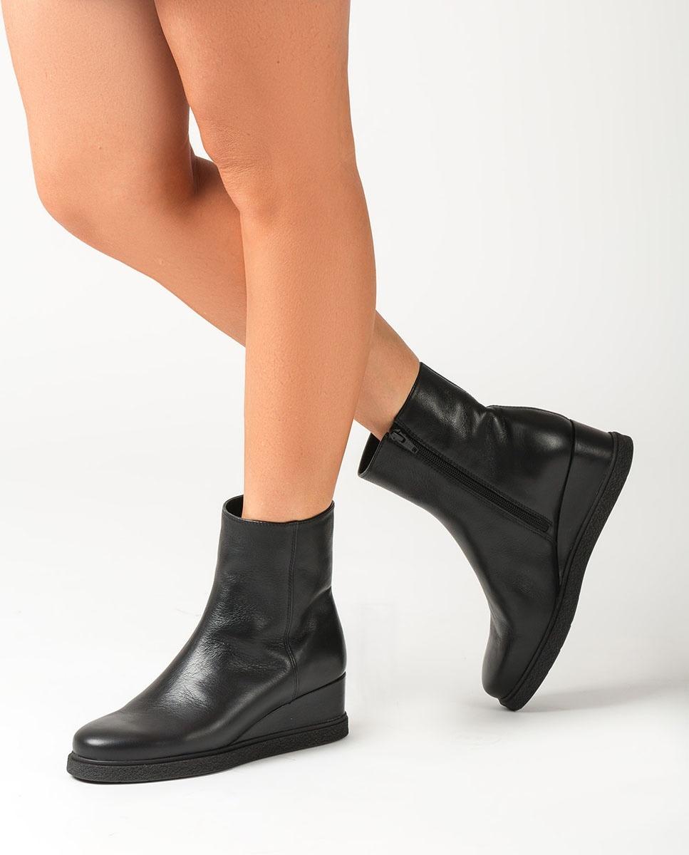 UNISA Schwarze Stiefeletten mit Keilsohle JUSTEL_CRE black 5