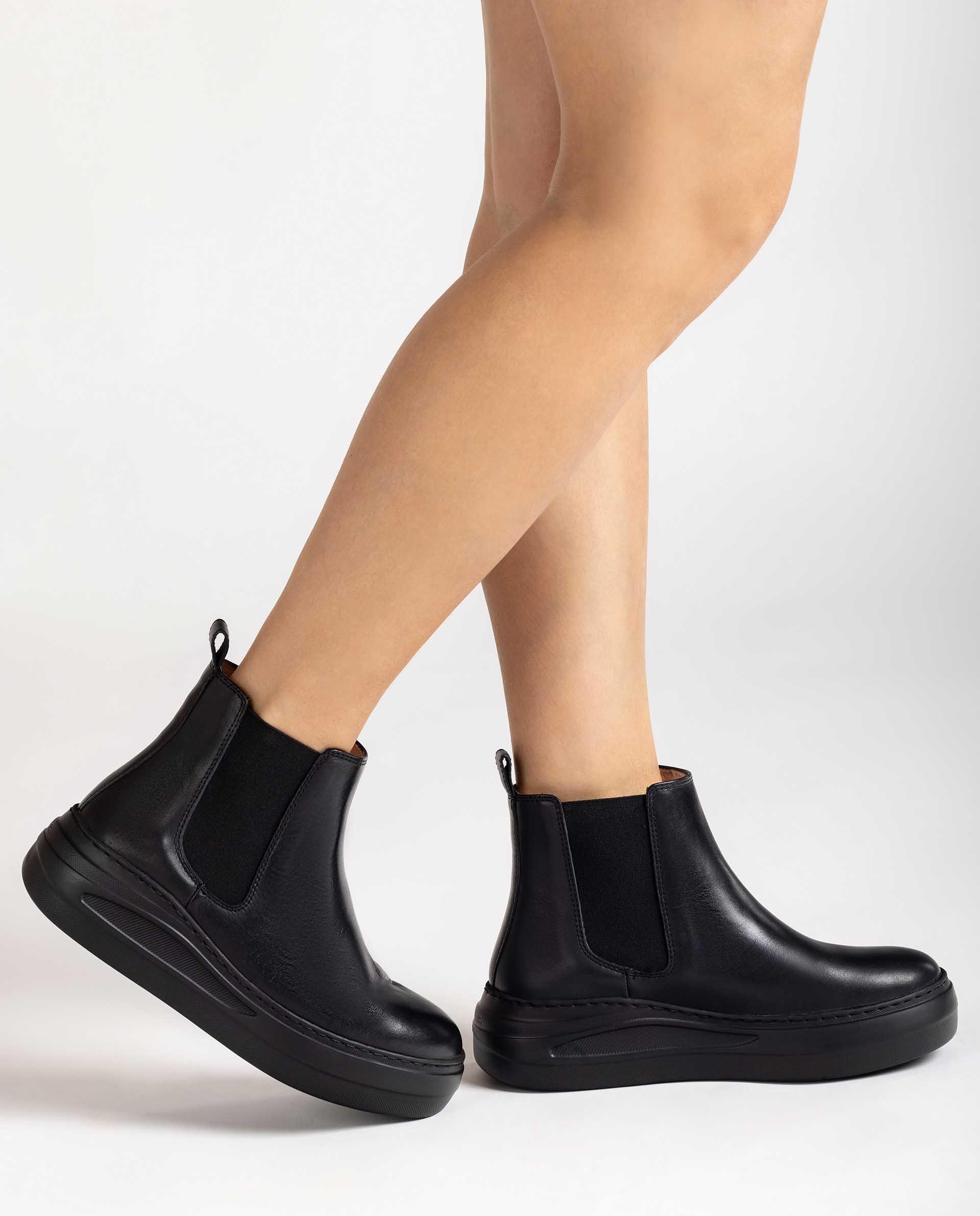 UNISA Chelsea-Boots mit dicker Gummisohle FASI_NF 5