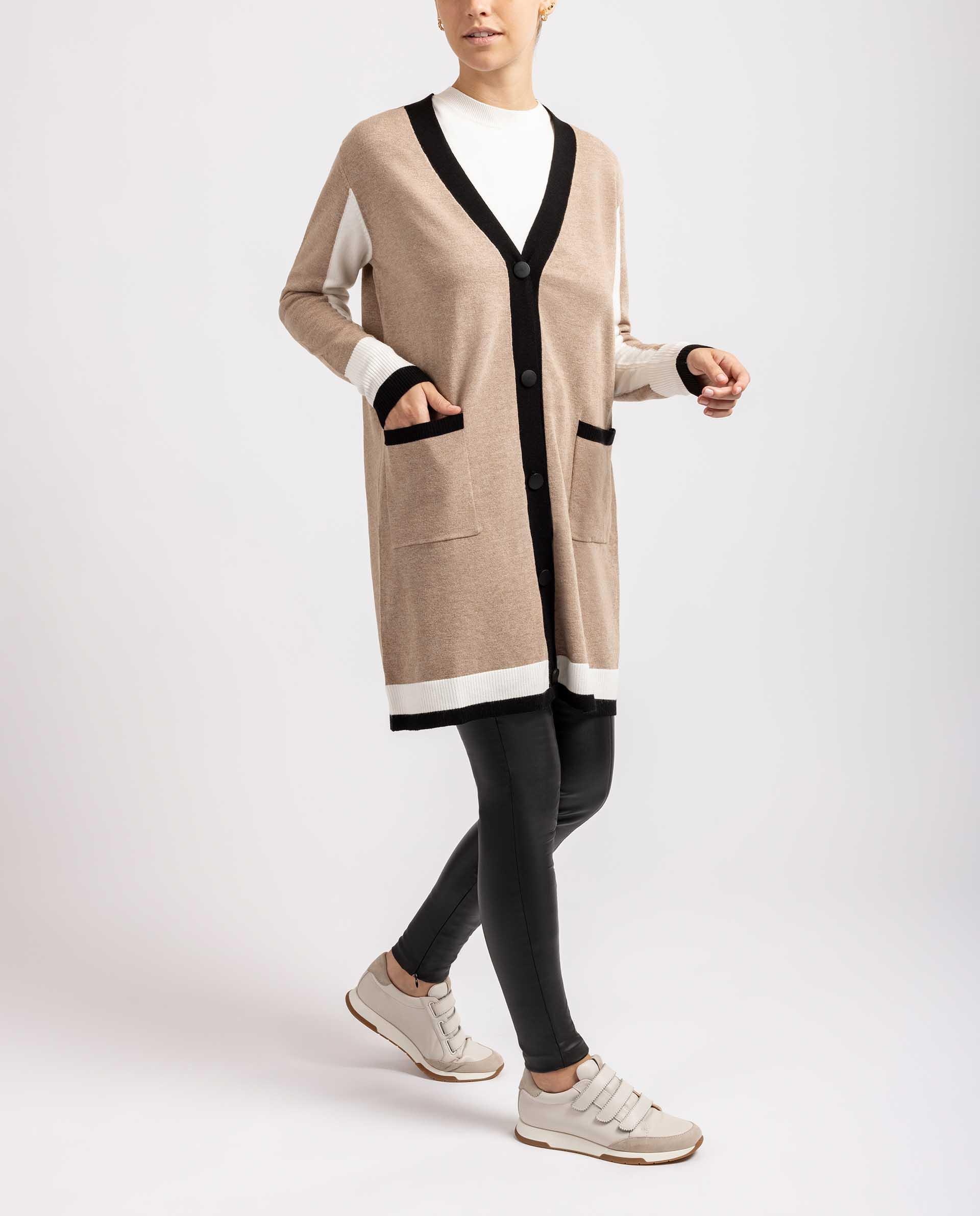 UNISA Cardigan mit  V-Ausschnitt R_ABULI 5