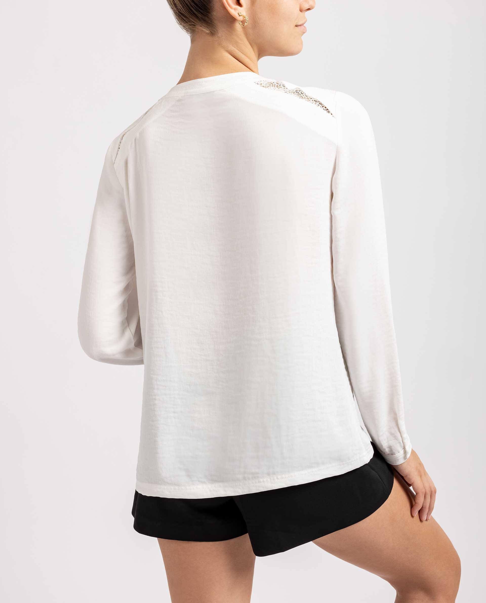 UNISA Bluse mit  V-AusschnittBluse mit  V-Ausschnitt R_ELODIA 5