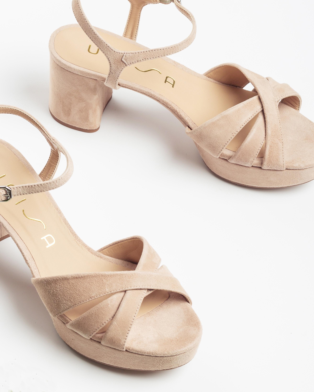 UNISA Sandaletten mit überkreuzten Riemen und Plateausohle NETA_KS nude 5