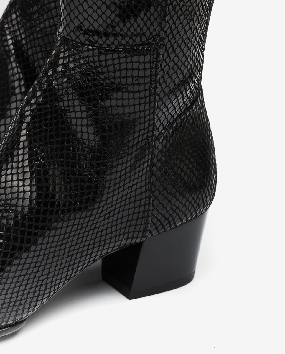 UNISA Elastische Stiefel in Snake-Print JOEL_F20_STPY black 5