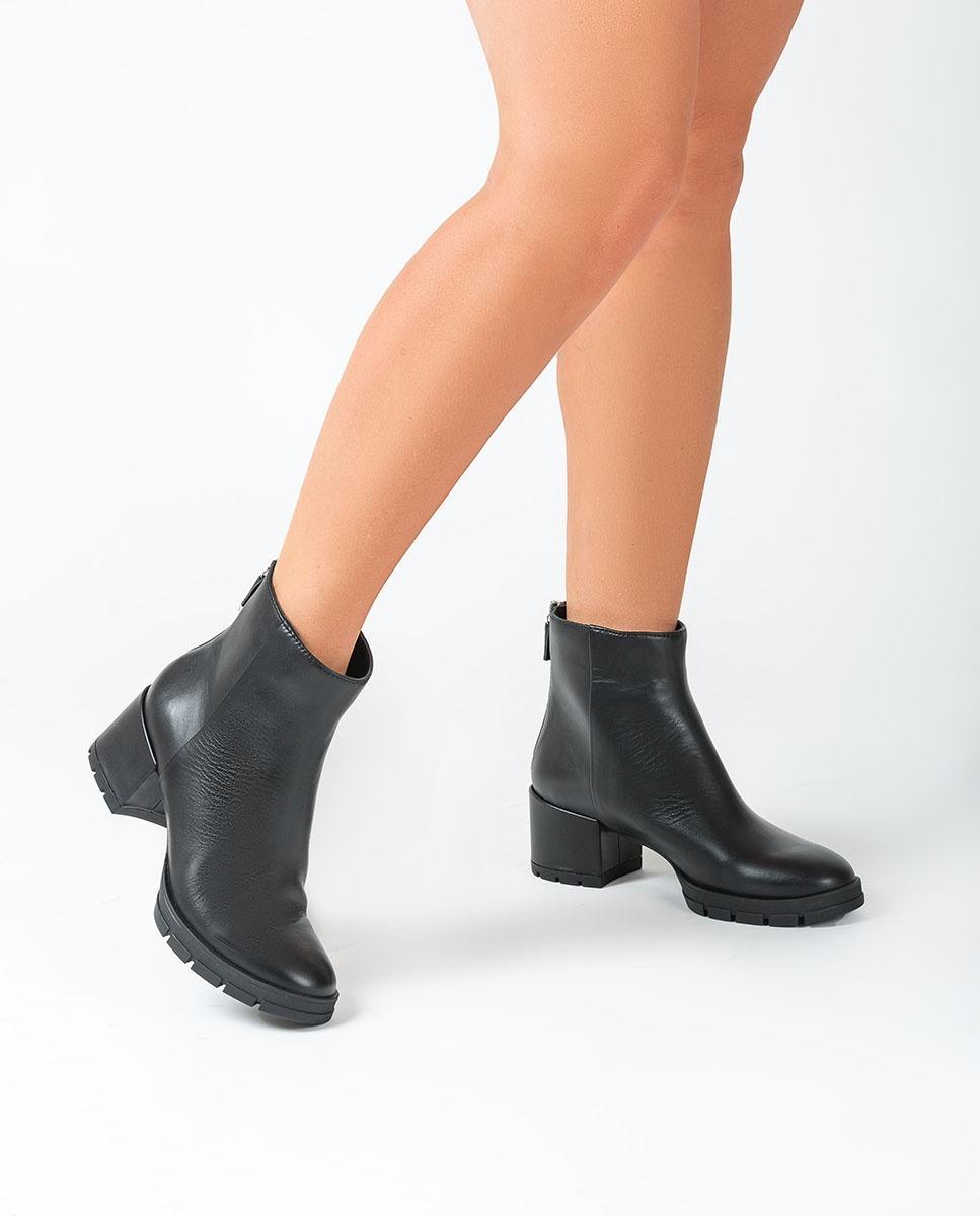 UNISA Schwarze Stiefeletten mit Absatz JAICO_NF black 5