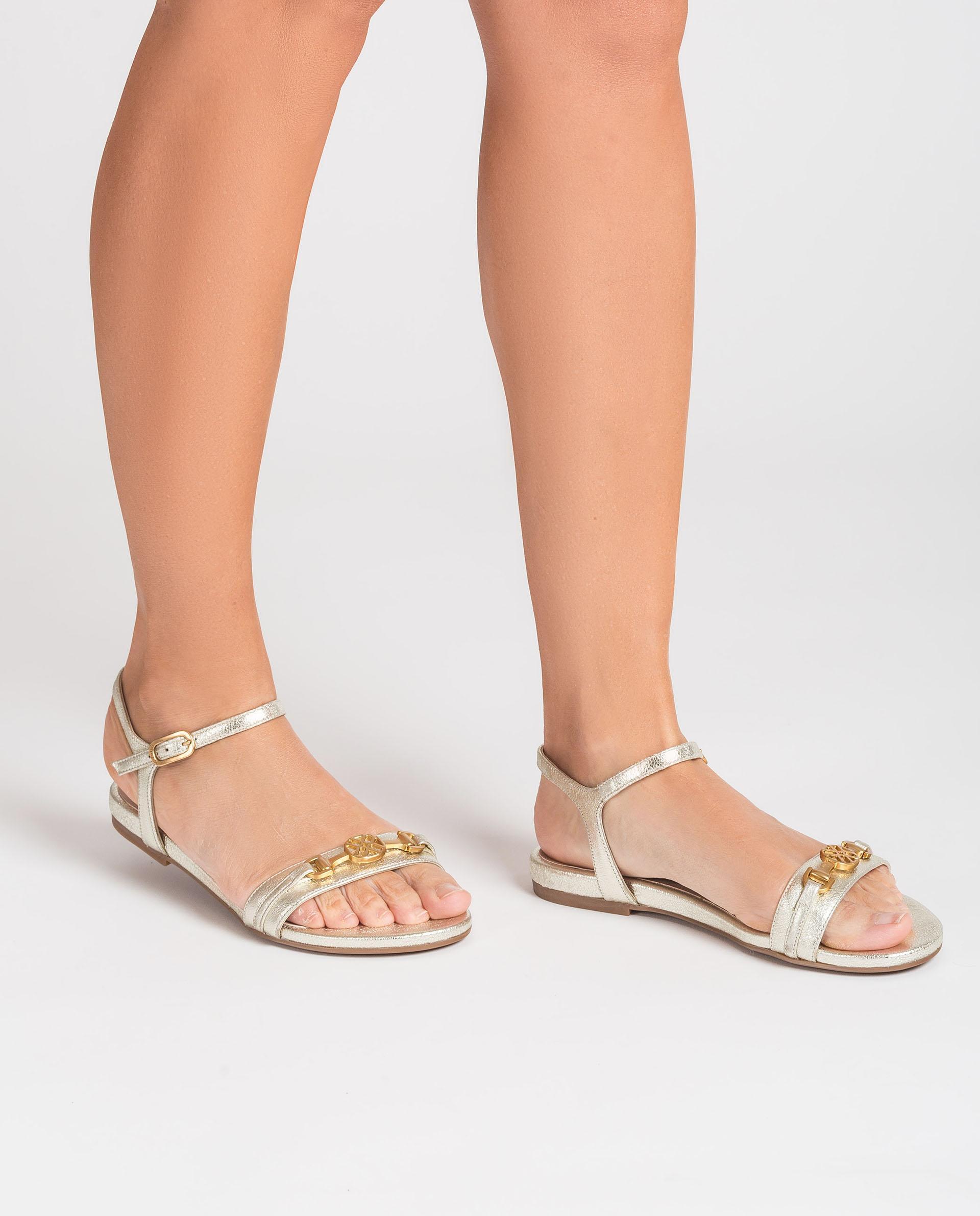 UNISA Flache Sandalen aus glänzendem Leder CARIMO_SE 5