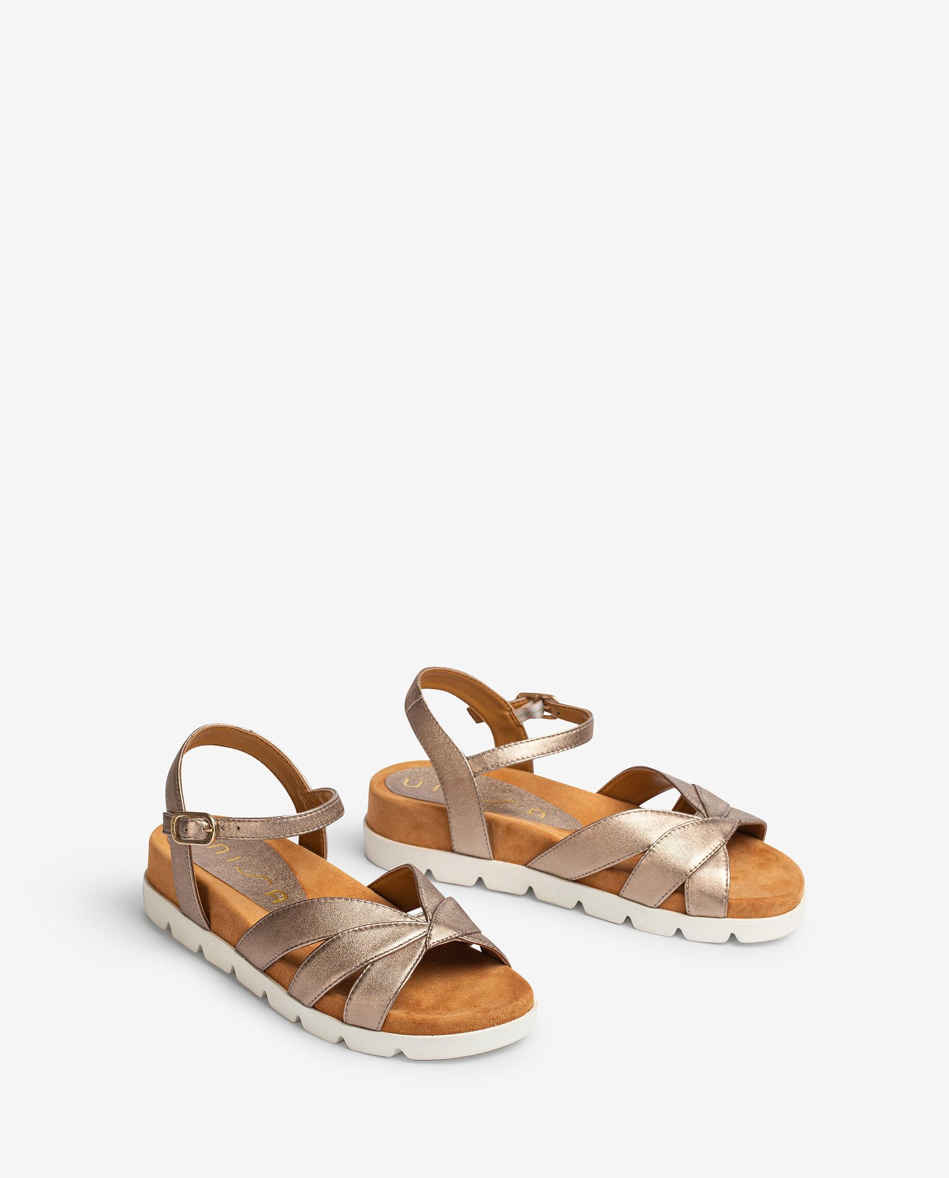 UNISA Flache Sandalen aus Metallic-Leder mit Sportsohle CEDILLO_LMT 5