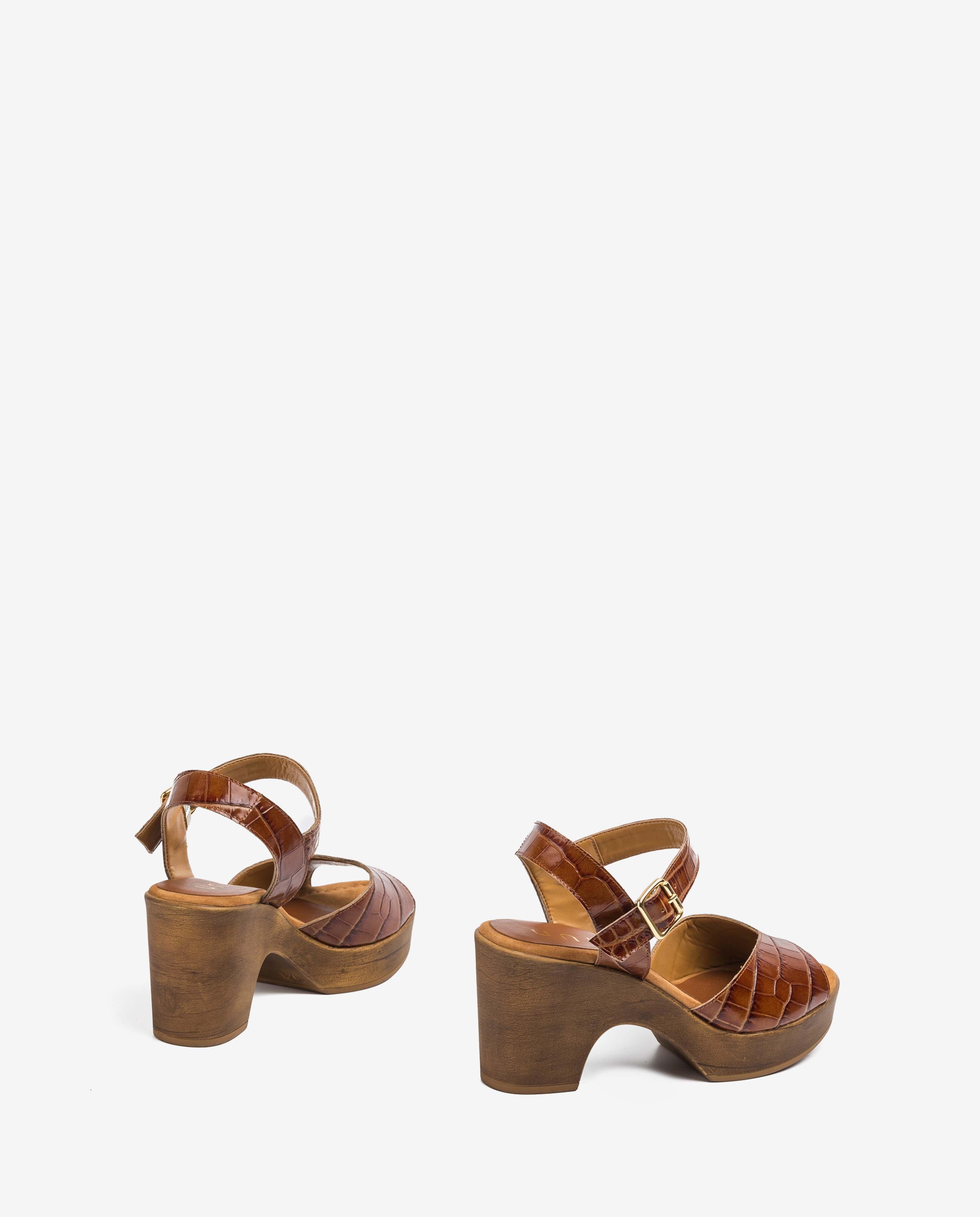 UNISA Braune Sandalen in Kroko-Optik OTTIS_CRW saddle 5