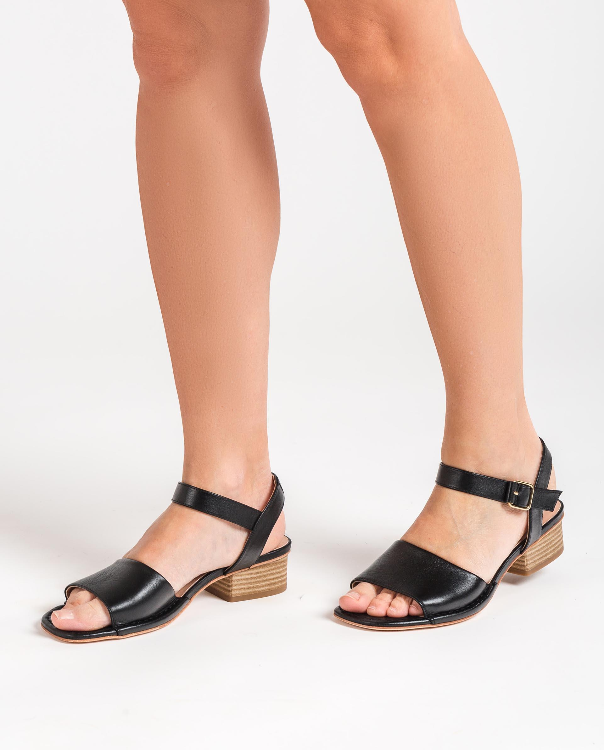 Unisa Sandals JUSA_MOA black