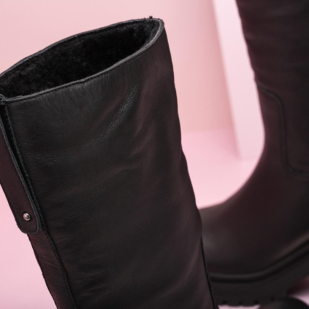 UNISA Black booties with interior fur JIMENO_NT black 2