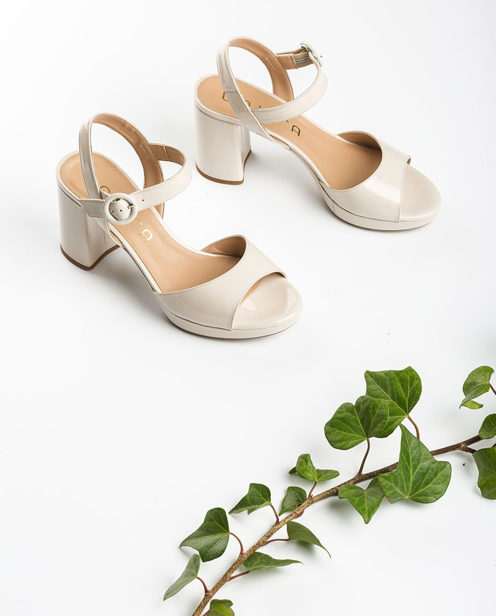 UNISA White patent leather sandals OMERCI_PA ivory 2