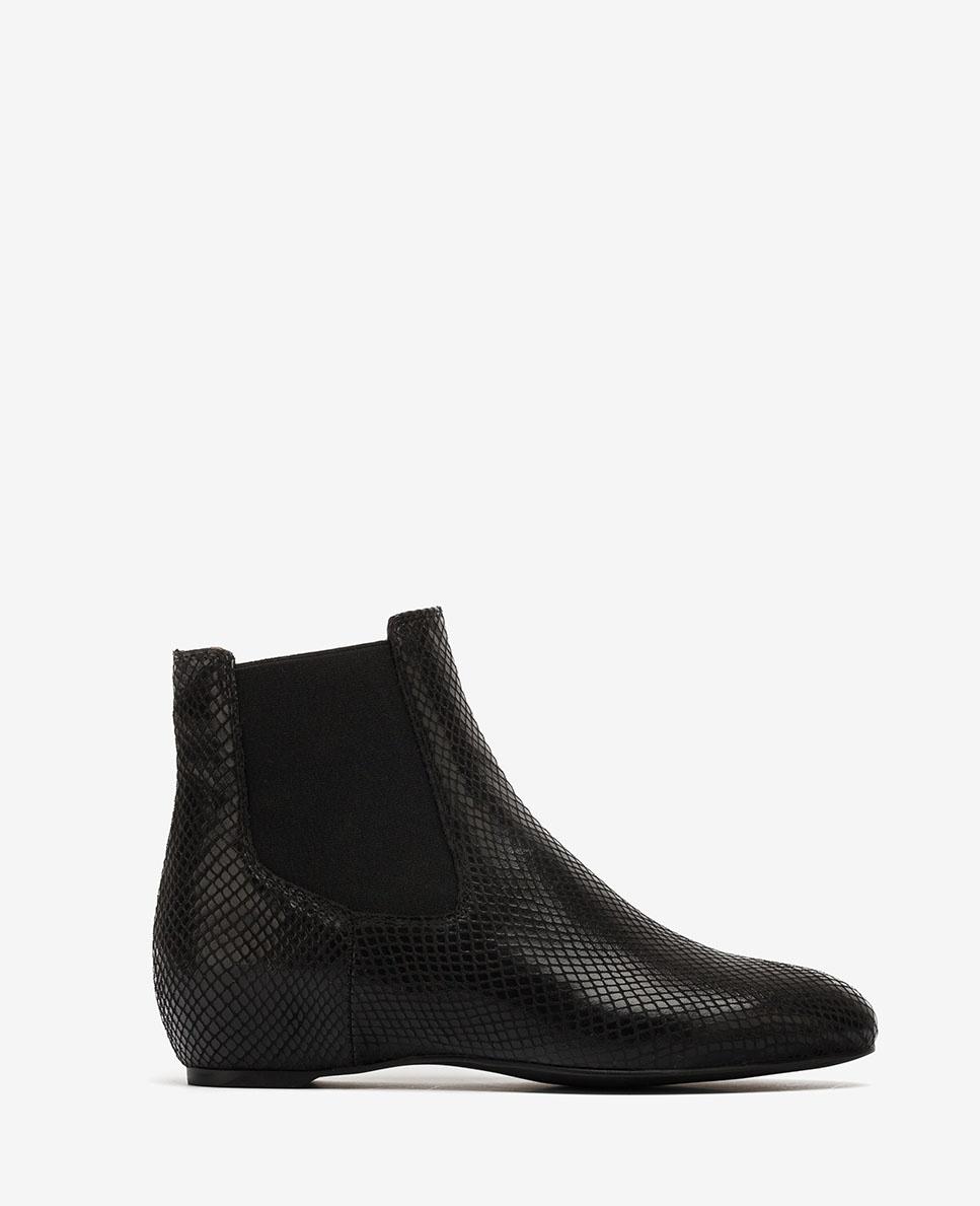 UNISA Blac snake engraved Chelsea ankle boots CEROME_STPY black 2
