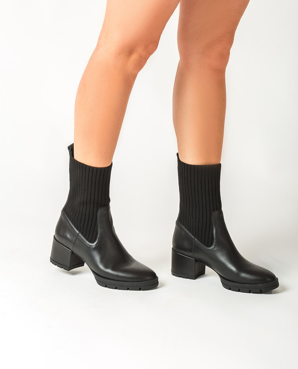 UNISA Black ankle boots with sock JESE_NF black 2