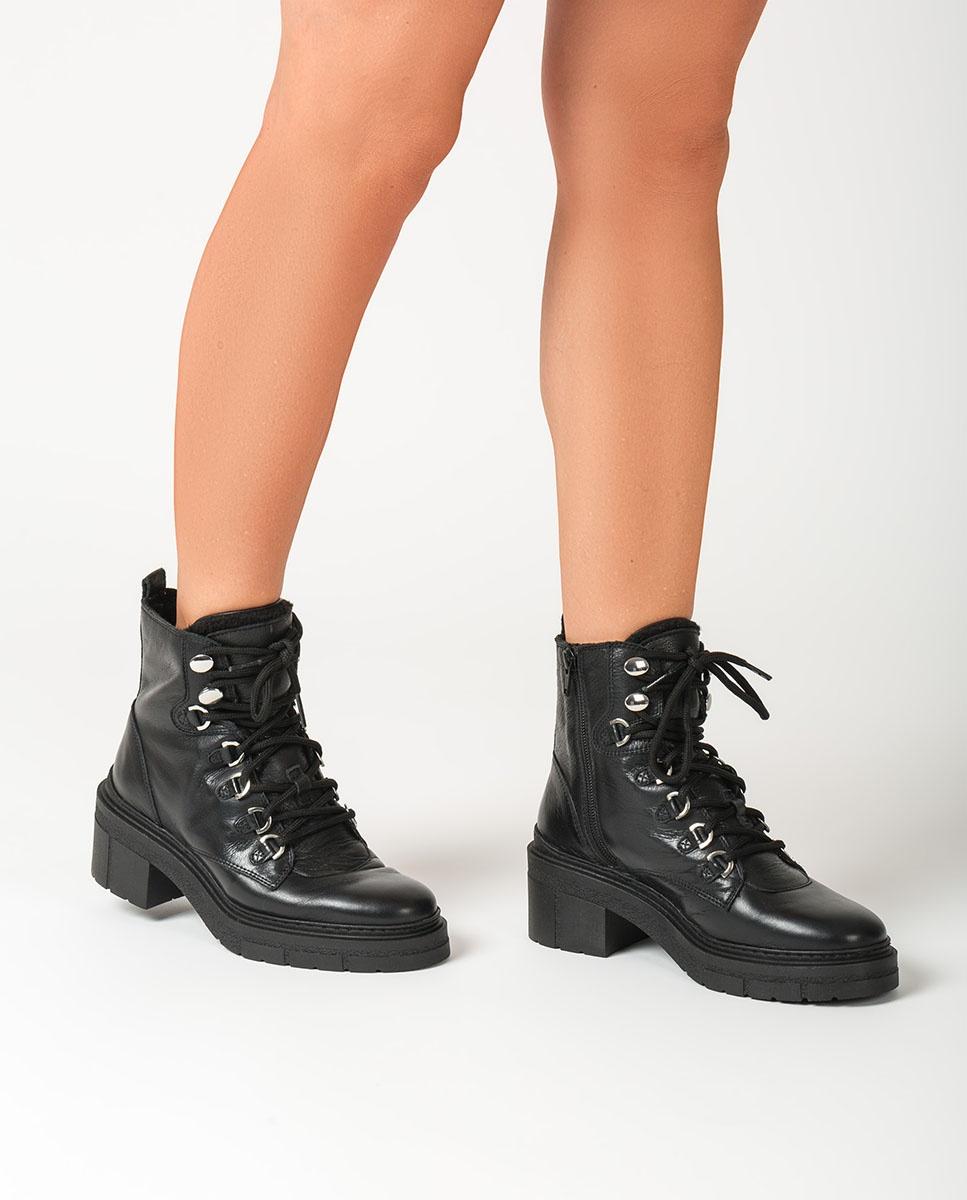 UNISA Women´s black mountain ankle boots JIMUL_CRE black 2