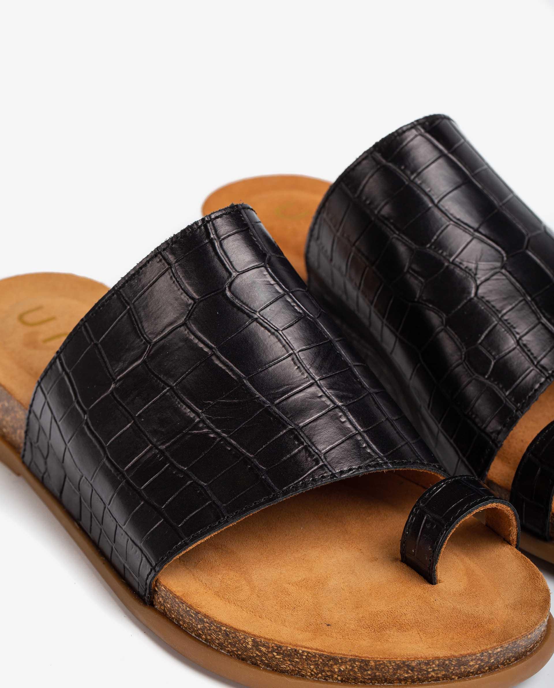 UNISA Bio croc effect leather thong sandals CALESIN_21_LAU 2