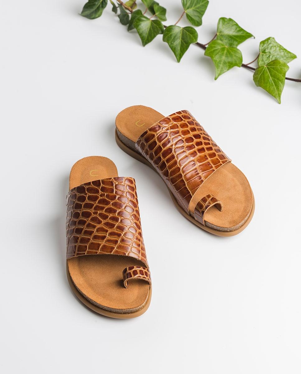 UNISA Brown croc thong sandals CALESIN_CRW saddle 2