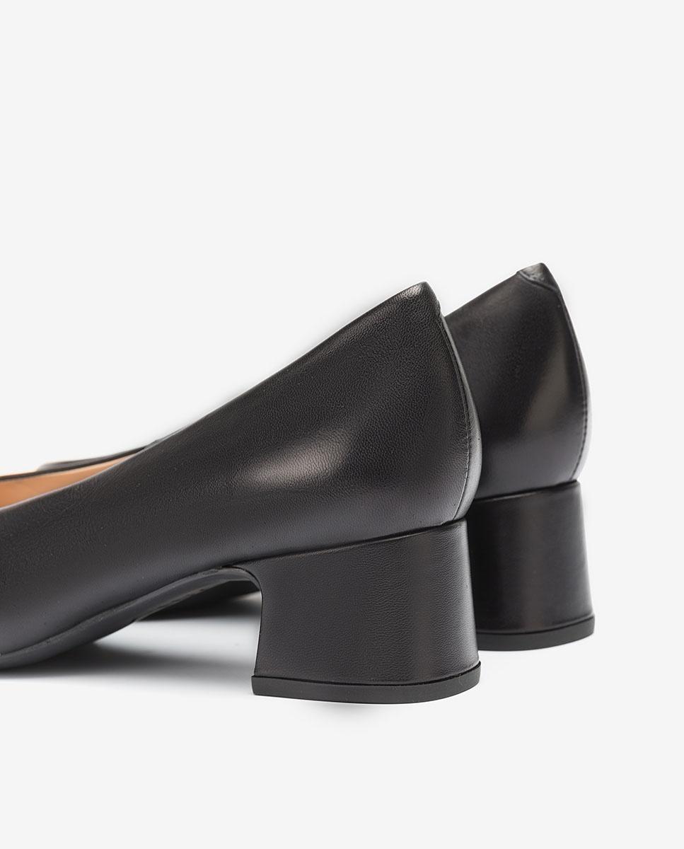 UNISA Black pumps low heels LOREAL_F20_NA black 2