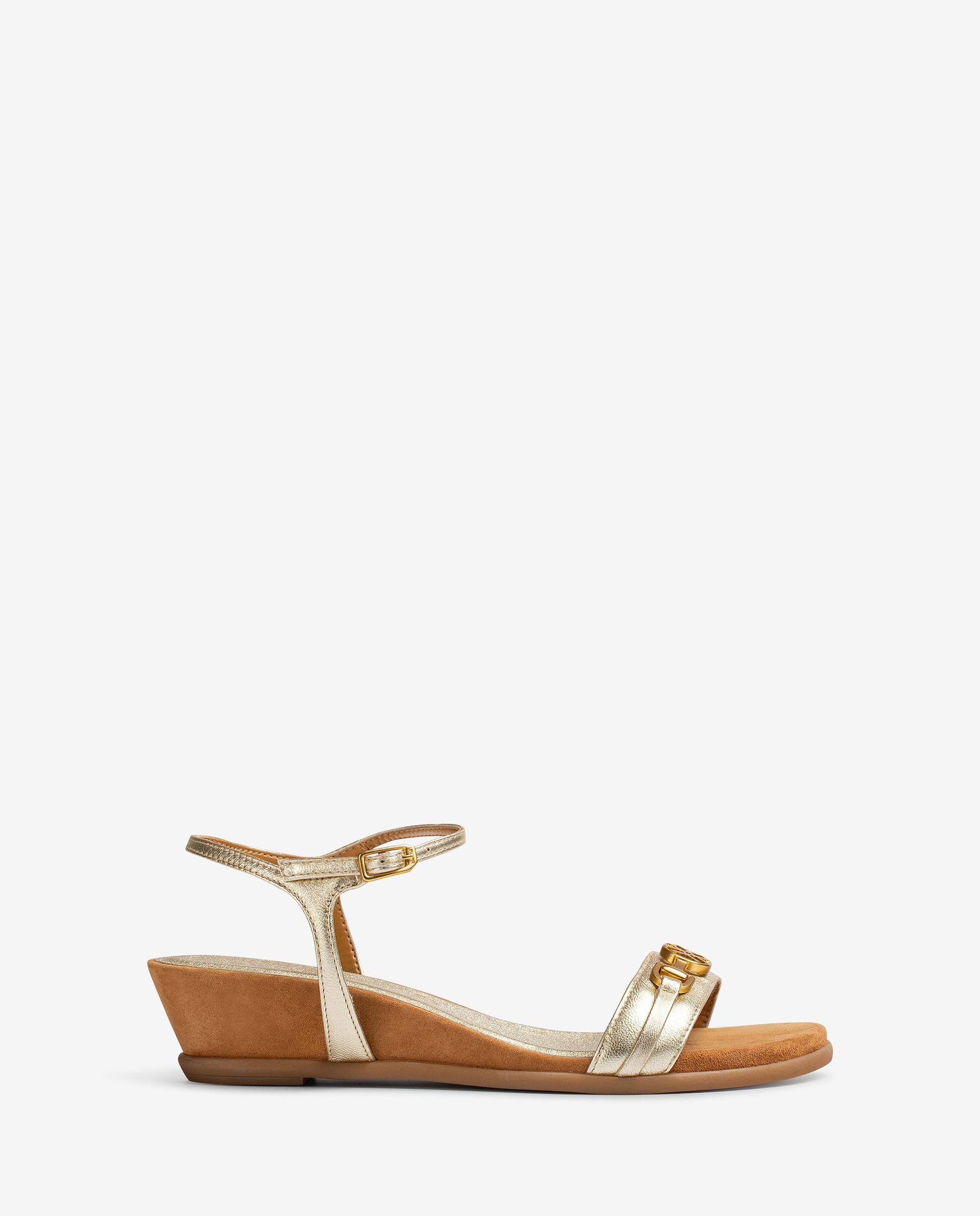 UNISA Metal effect leather thong sandals BENAFER_LMT 2