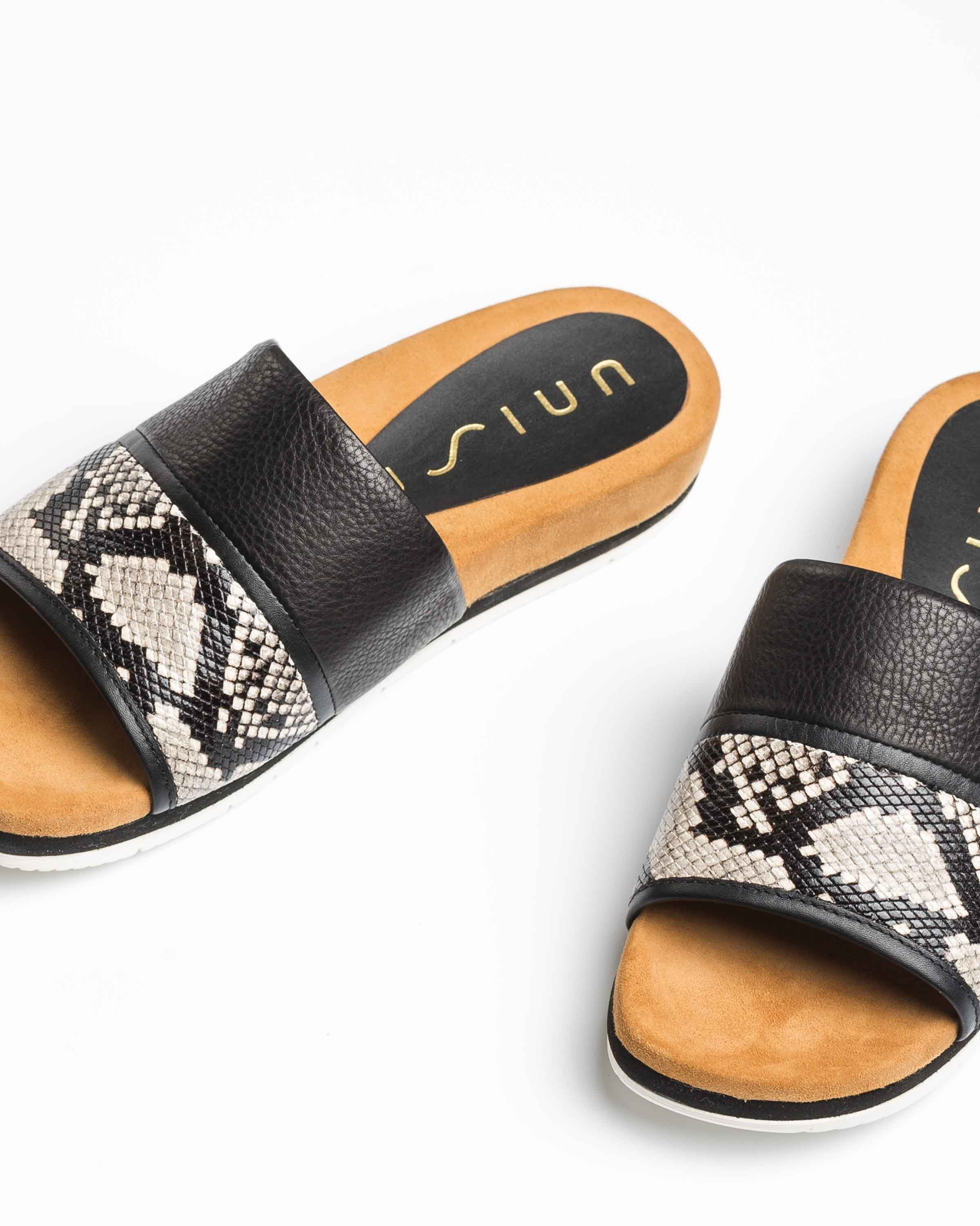 UNISA Flat contrast leather mules CARRION_VIP_STY nacar/blk 2