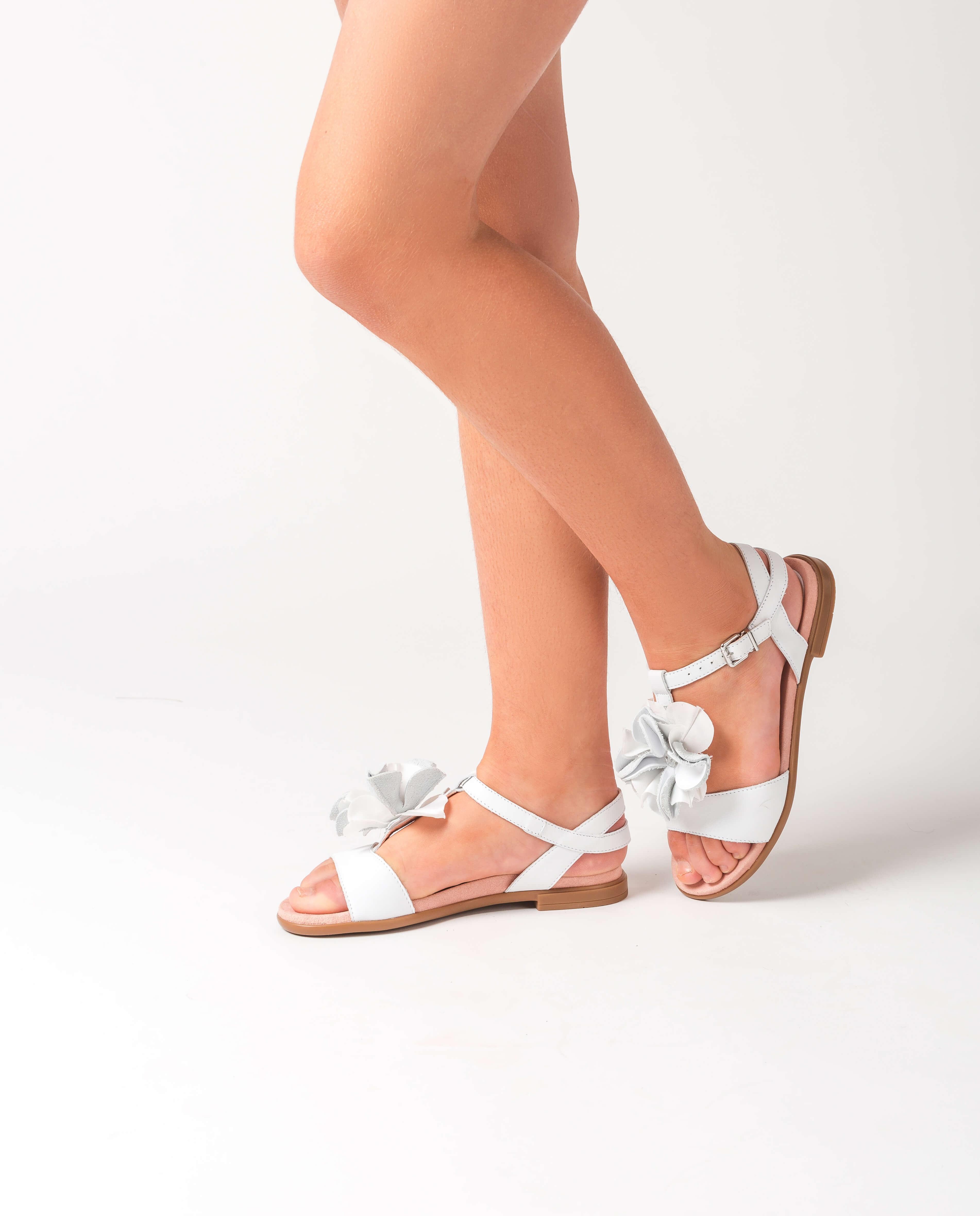 UNISA Little girl white flower sandals LUCK_C_NT white 2