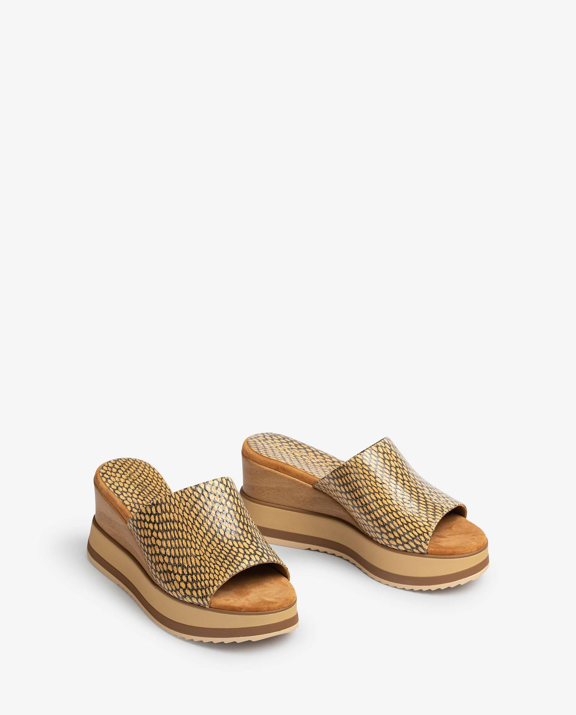 UNISA Wooden effect wedge and sport sole sandals KALANI_MA 2