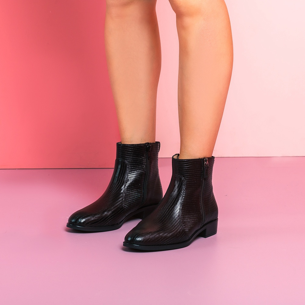 UNISA Black engraved leather booties BRAS_BTJ black 2