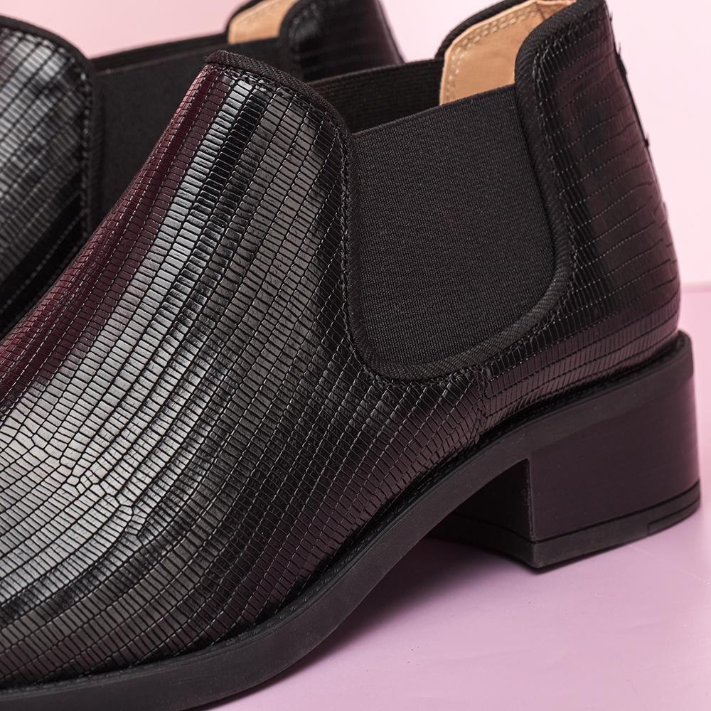 UNISA Engraved leather Chelsea shooties ENARA_BTJ black 2