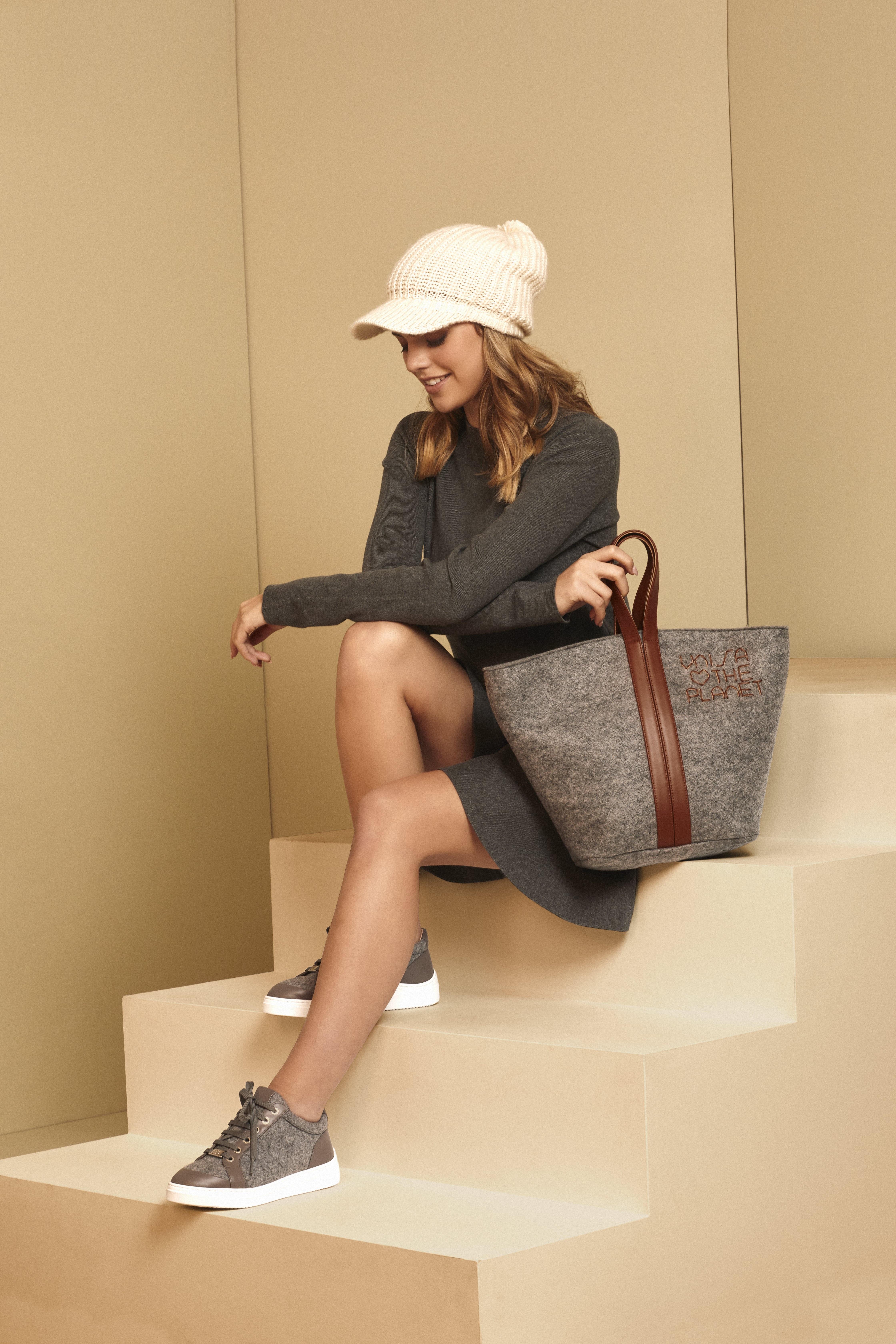 Unisa Hand bags ZPATY_EW_CAN grigi/sadd
