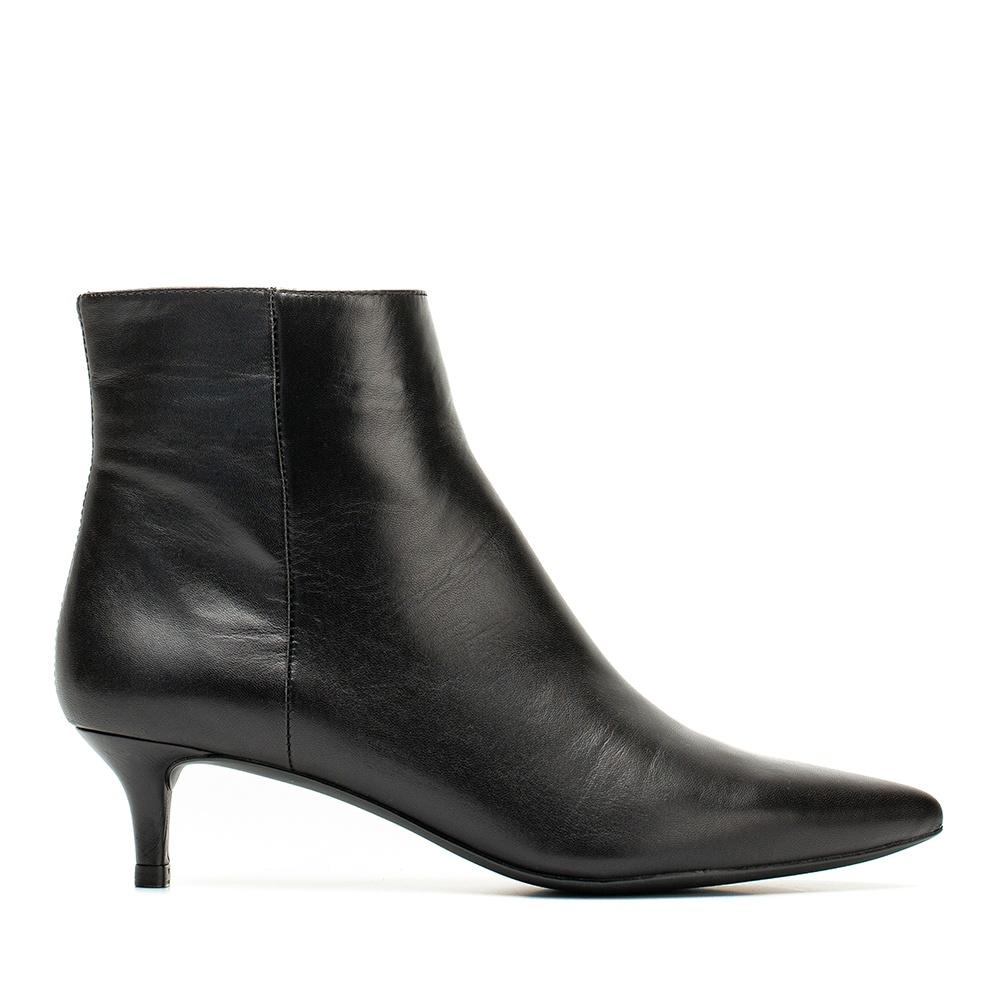 UNISA Kitten heel leather booties JATI_F19_NA black 2