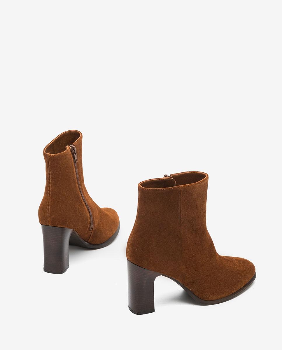 UNISA Brown kid suede ankle boots UGO_F20_BS wonka 2