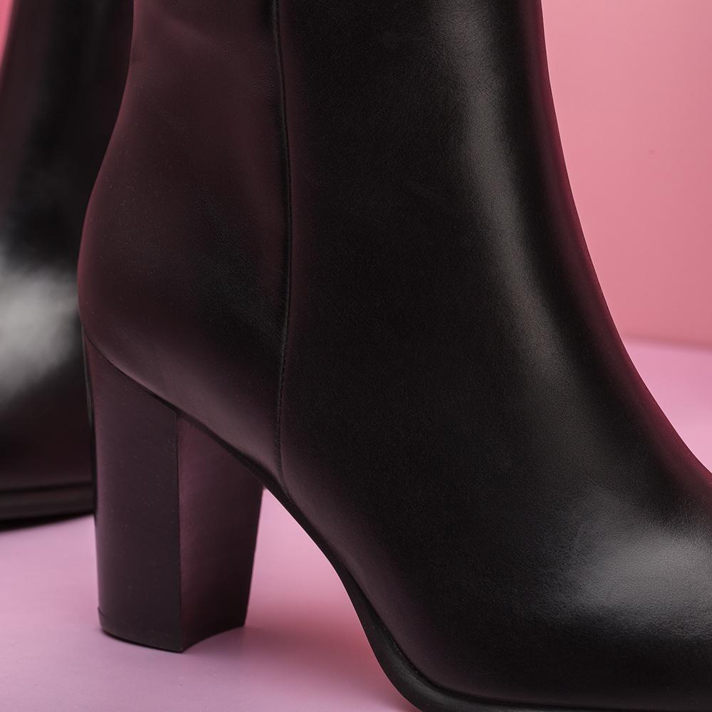 UNISA Leather booties wooden heel UGO_NE black 2