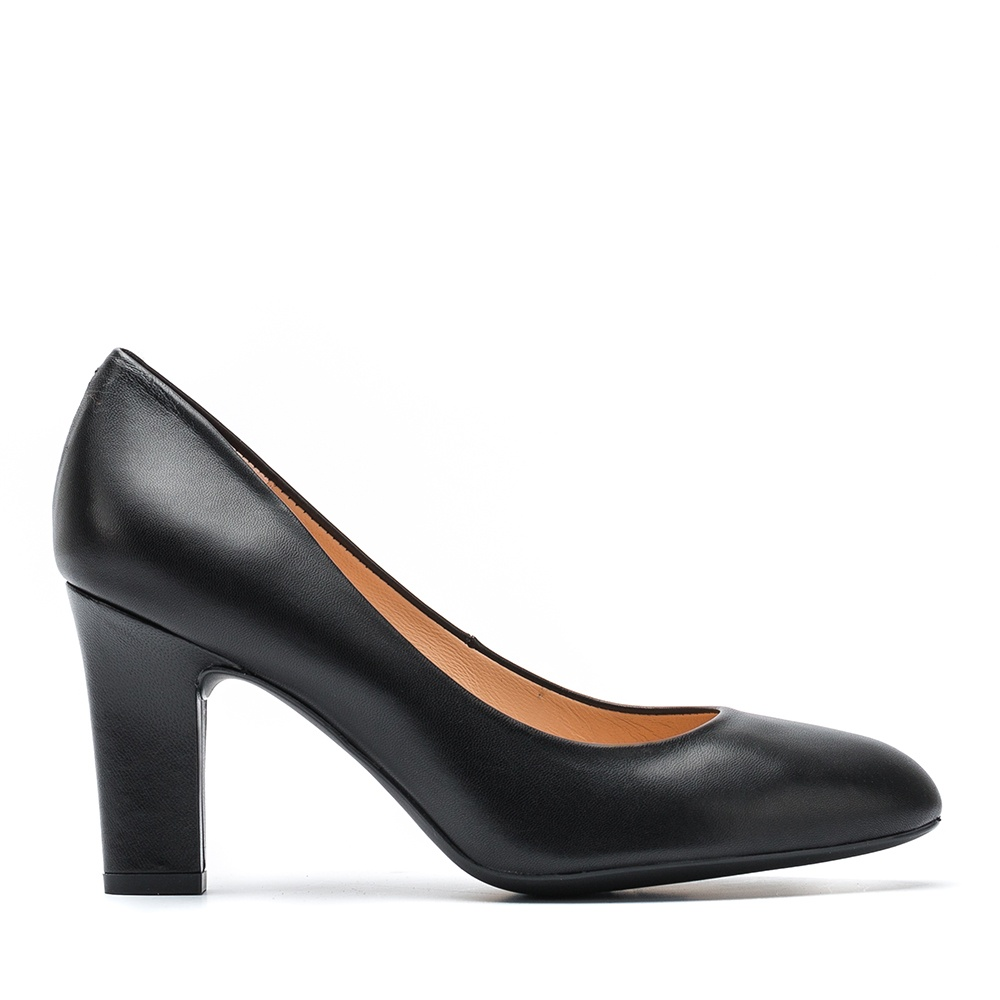 UNISA Special width leather pumps UMISWD_F19_NA black 2