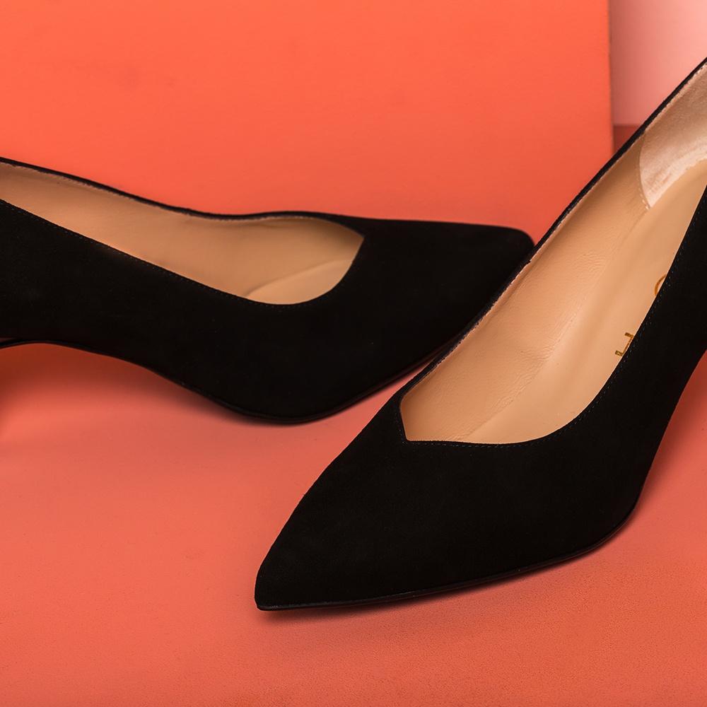 UNISA Kid suede pumps with wood effect heels KEALA_KS black 2