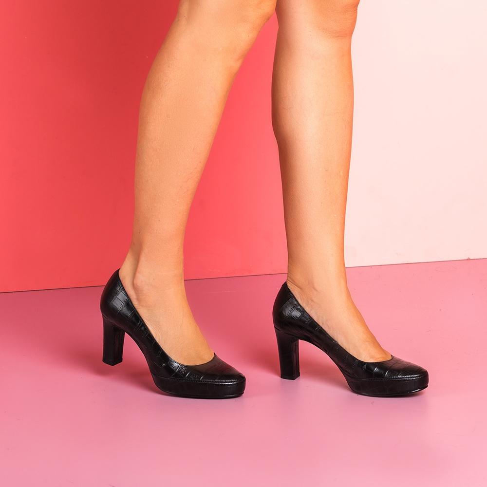 UNISA Crocodile effect leather high heel pumps NUMAR_CLASS_F19_CRO black 2