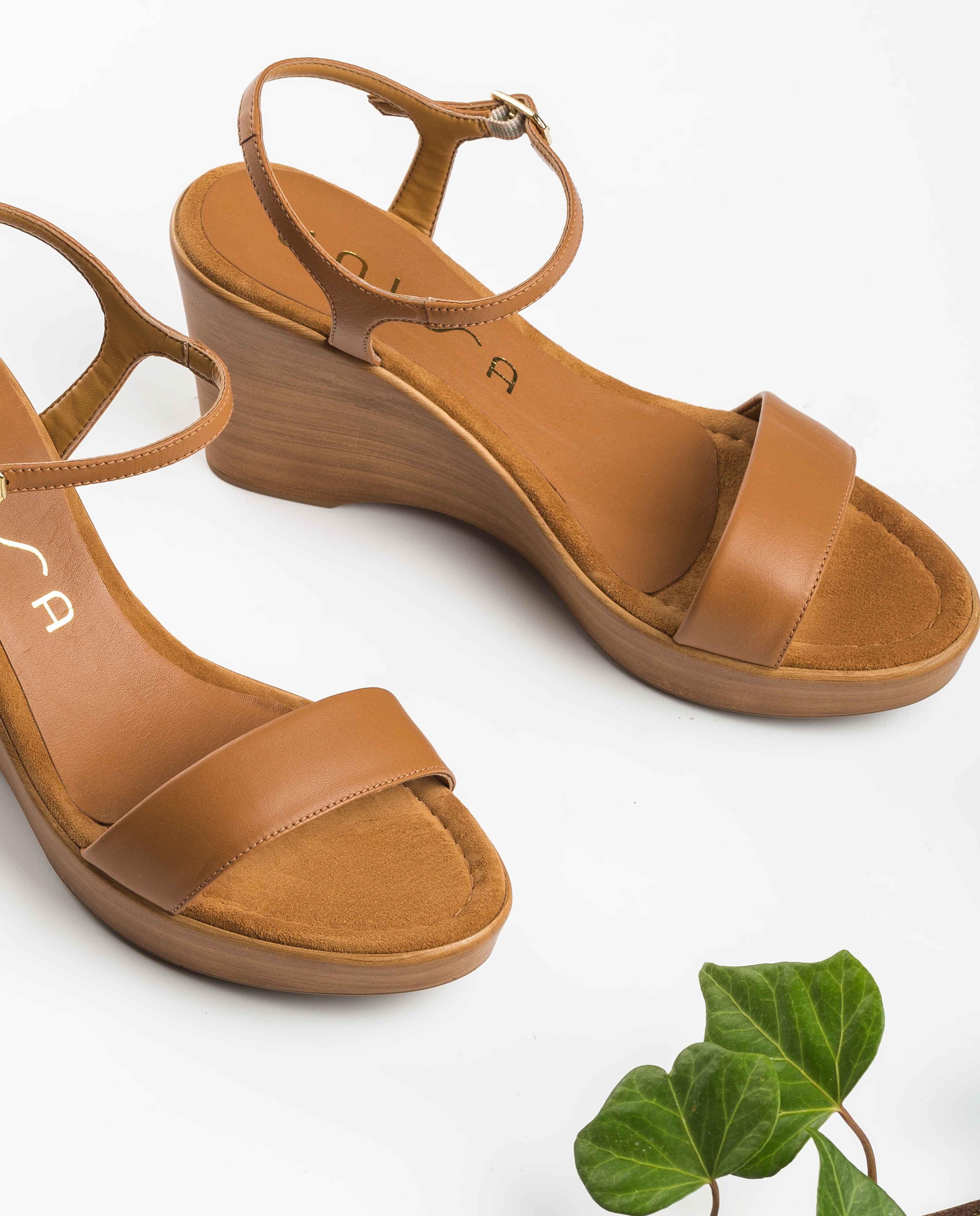 UNISA Leather block sandals RITA_20_NA bisquit 2