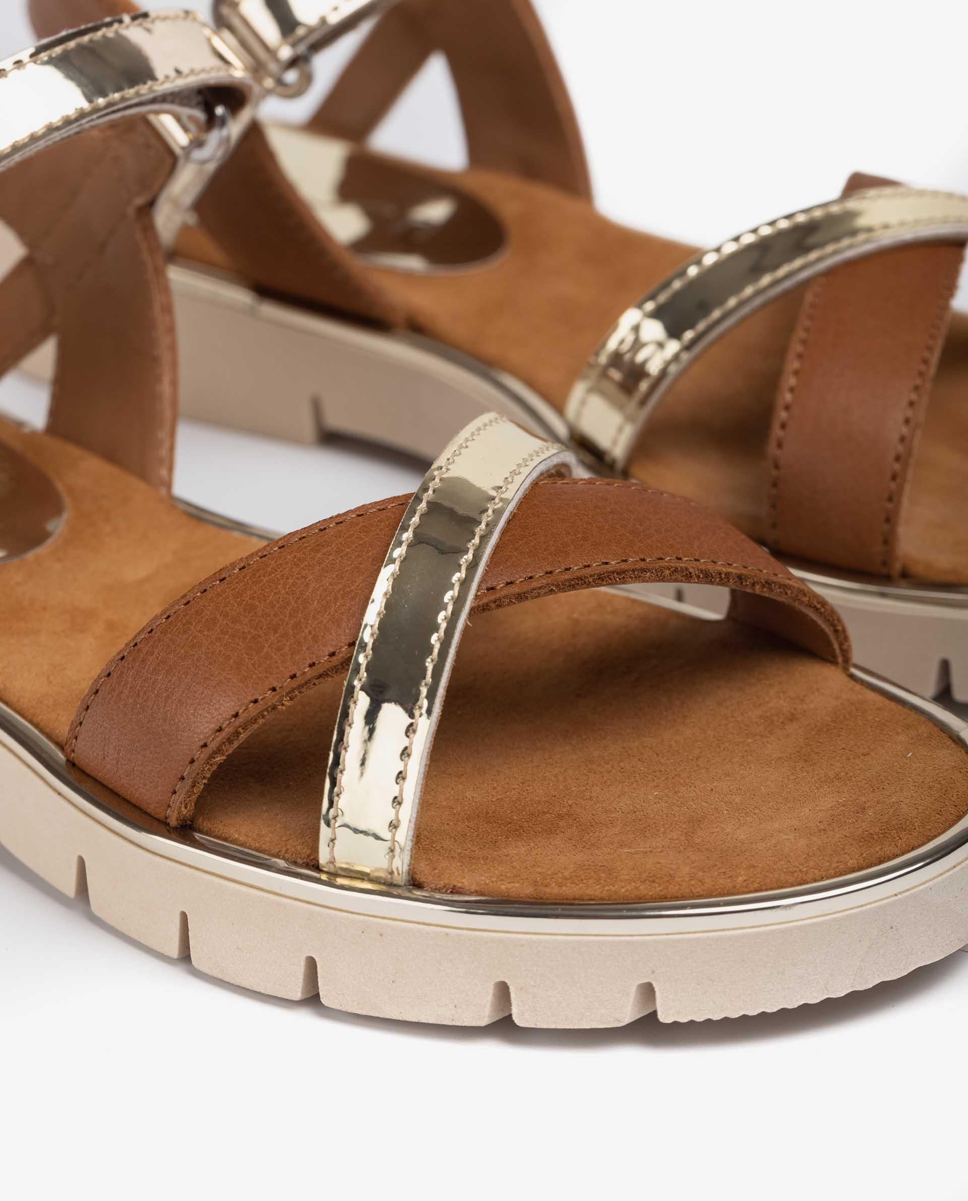UNISA Little girl´s sandal in leather and mirror efect fabric NEVIN_SP_VA 2