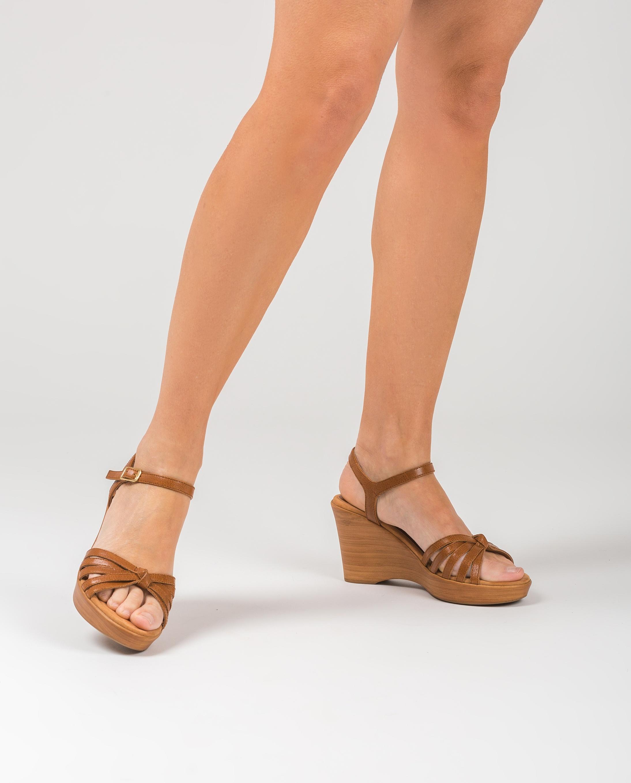 UNISA Sandalia marrón tiras RAMIREZ_GCR saddle