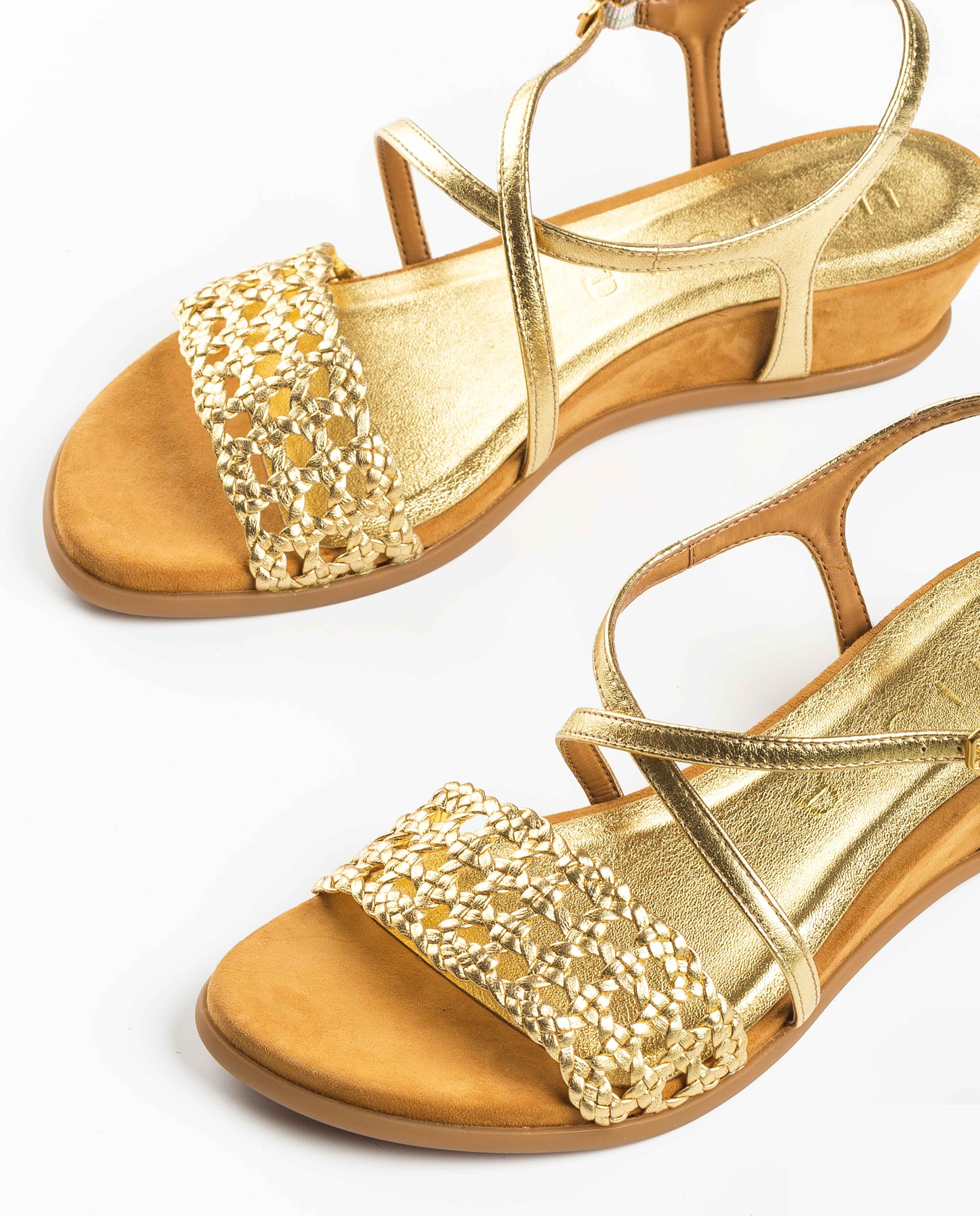 UNISA Sandalia metalizada macramé BENSON_LMT gold