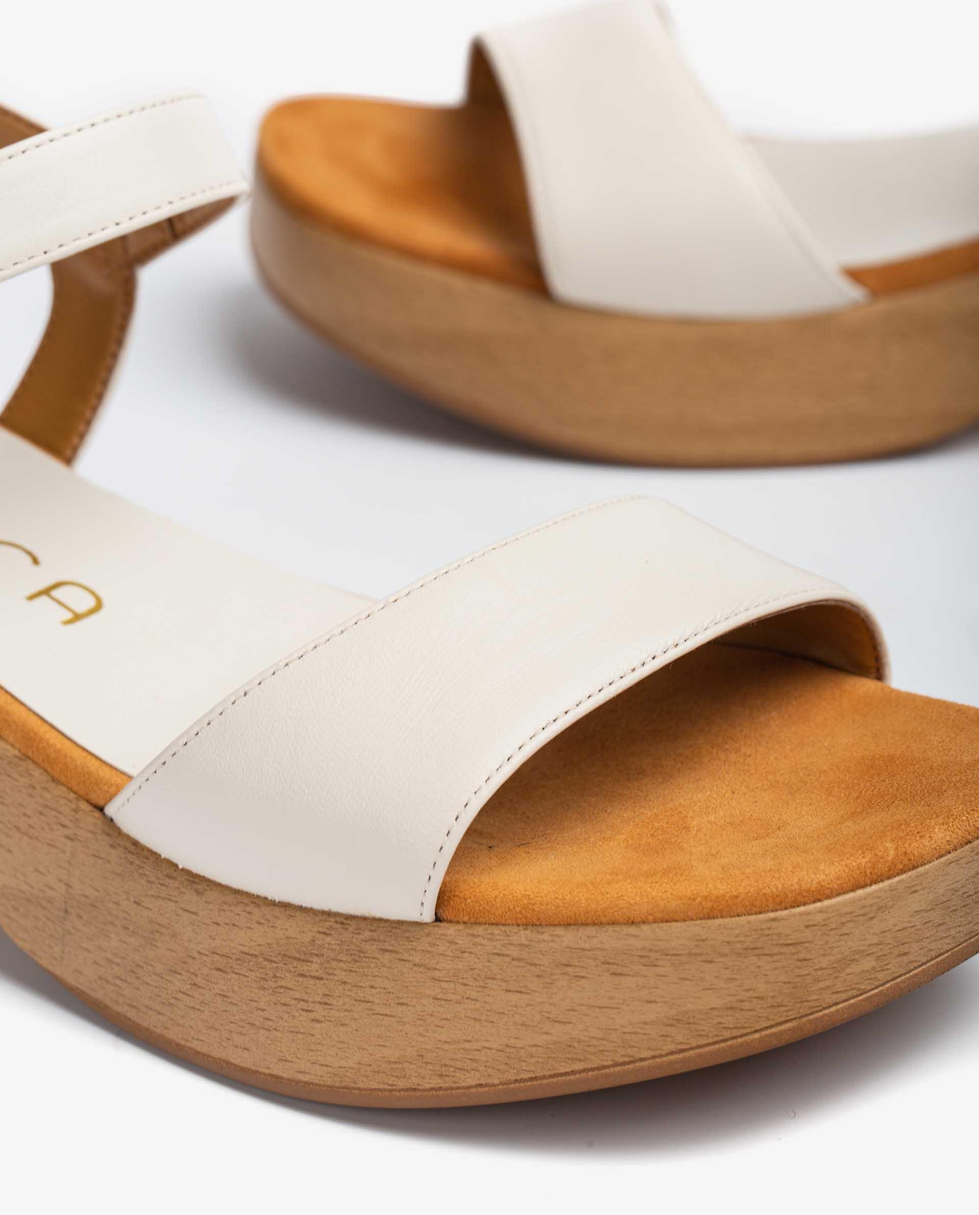 UNISA Sandalia de piel con bloque efecto madera GORO_NA