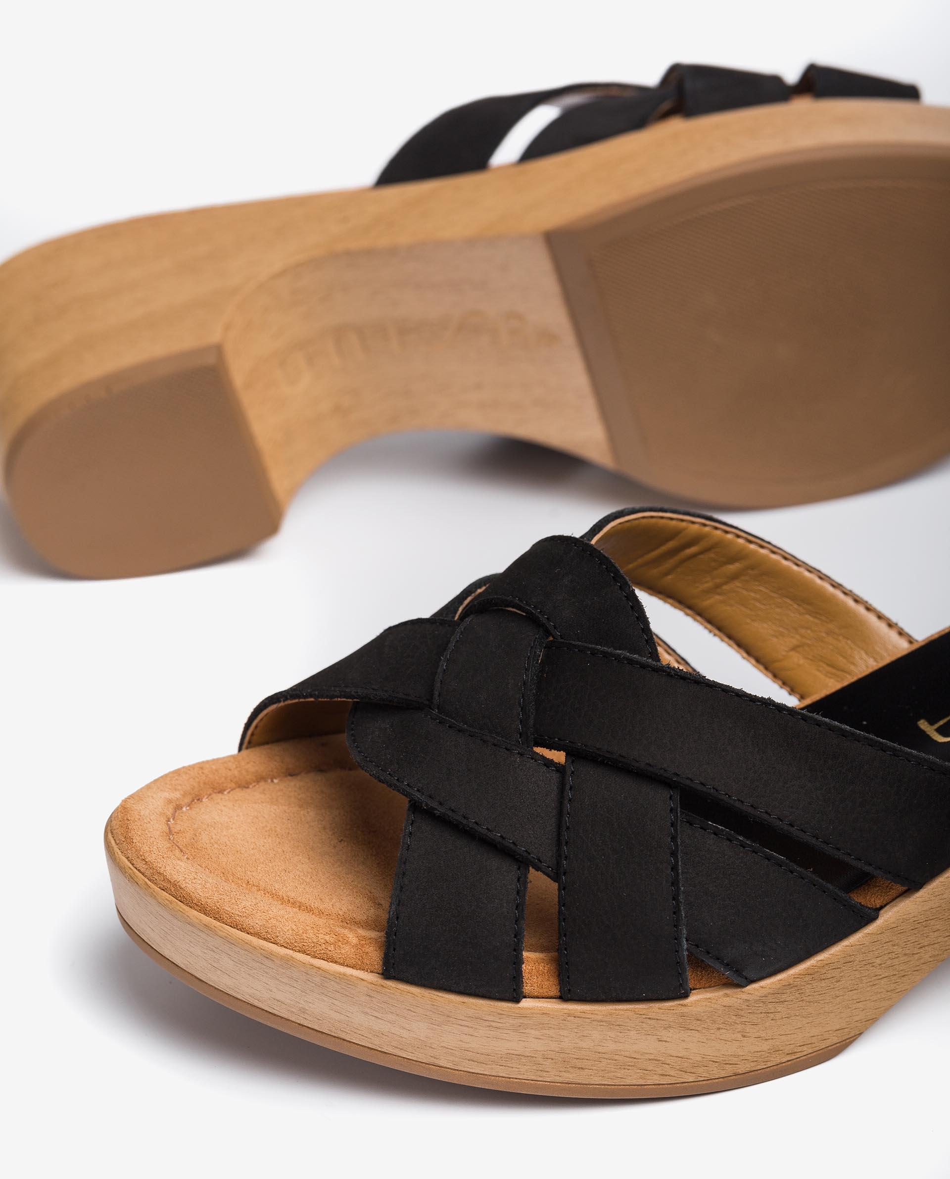 UNISA Zueco de tiras cruzadas con bloque efecto madera IBROS_BLU
