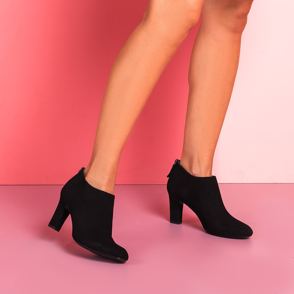 UNISA Low boot en daim avec talon UCHI_KS black 3