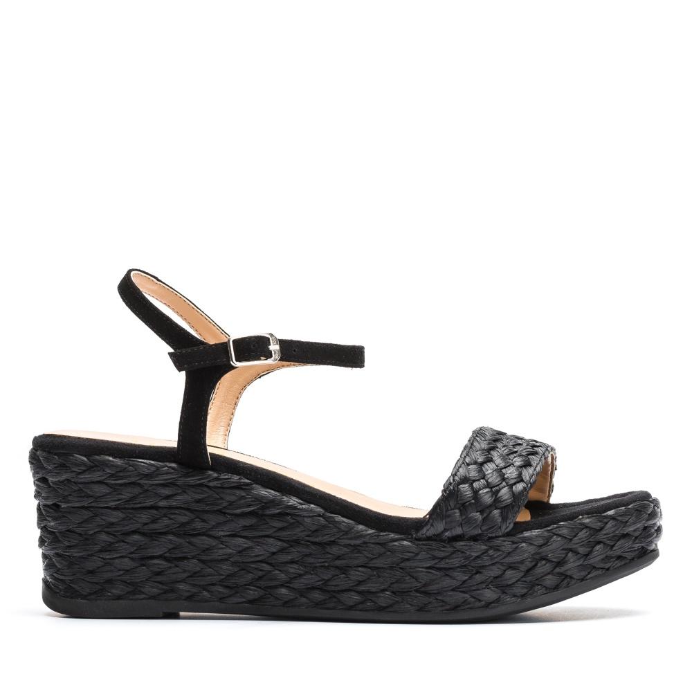 mieux aimé df638 e5cd5 Sandals braids