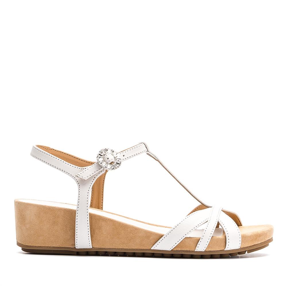 1423d6bb5d9b Leather sandals