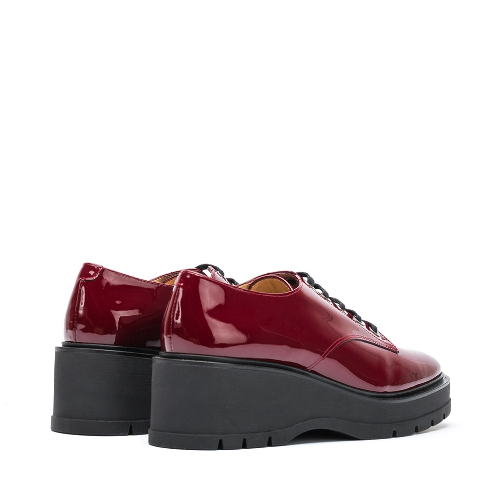 Patent leather Derby platform shoes