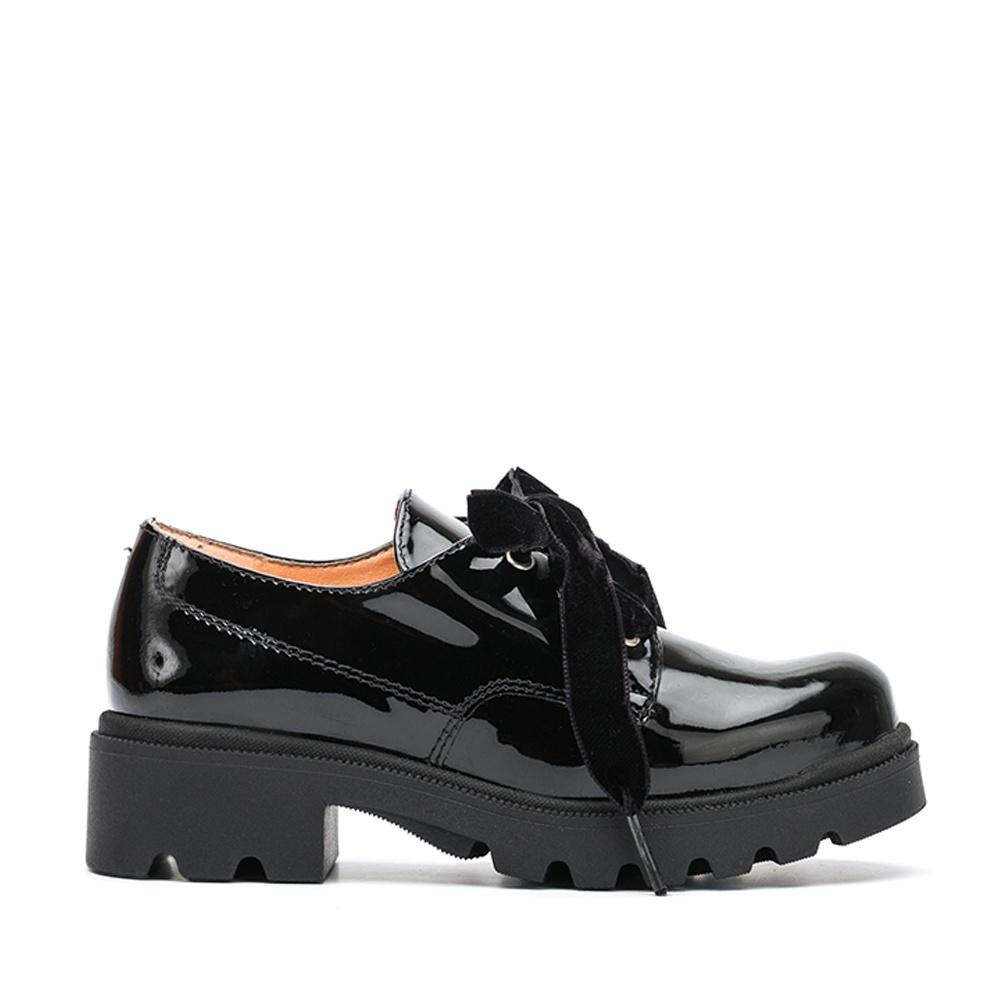 outlet store 395fc 968eb Blucher mit Schmuck am Schuh für Mädchen