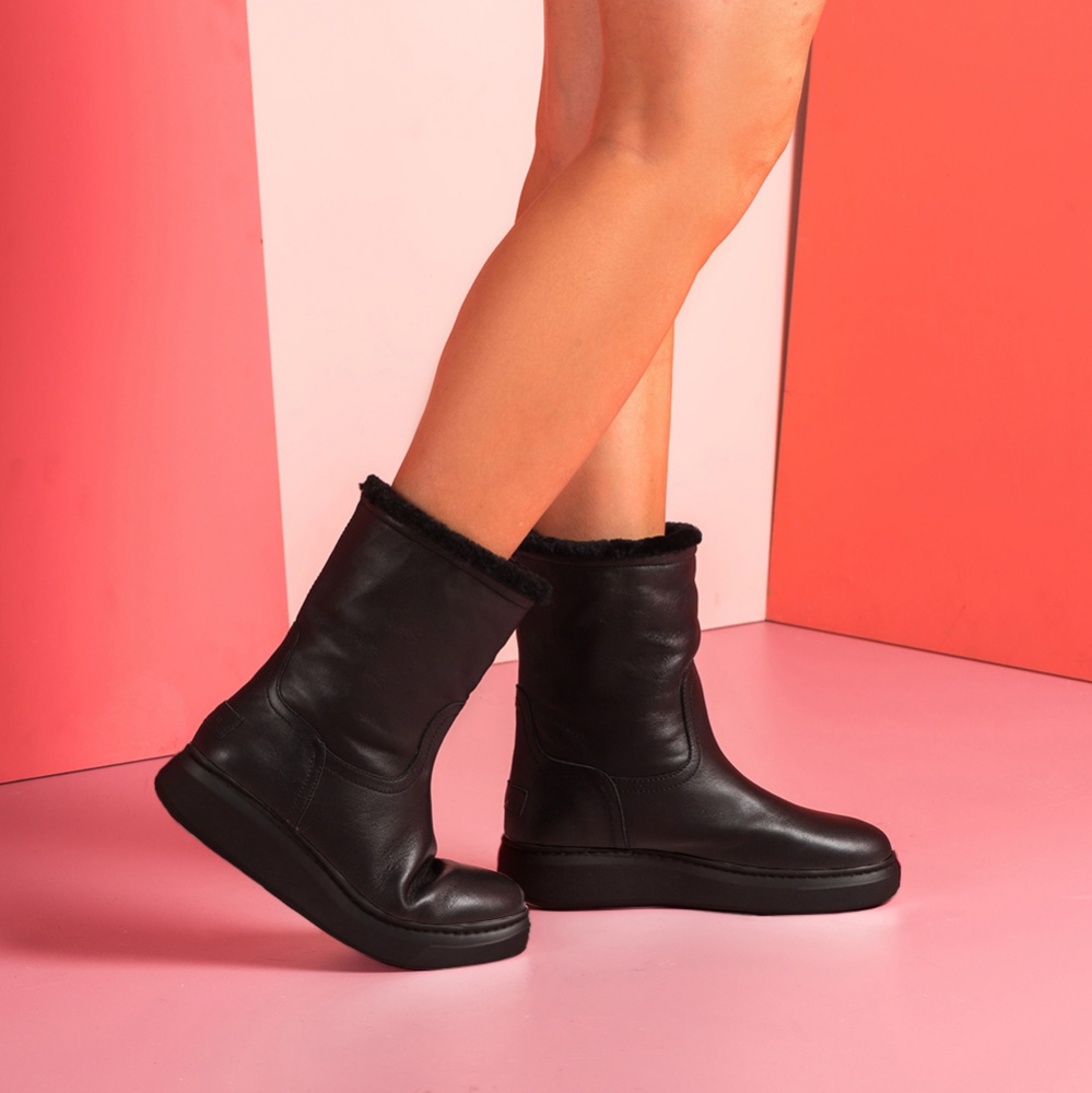 Schwarze Stiefel mit Fell Innenfutter FELIXE_BLACK_NT Unisa